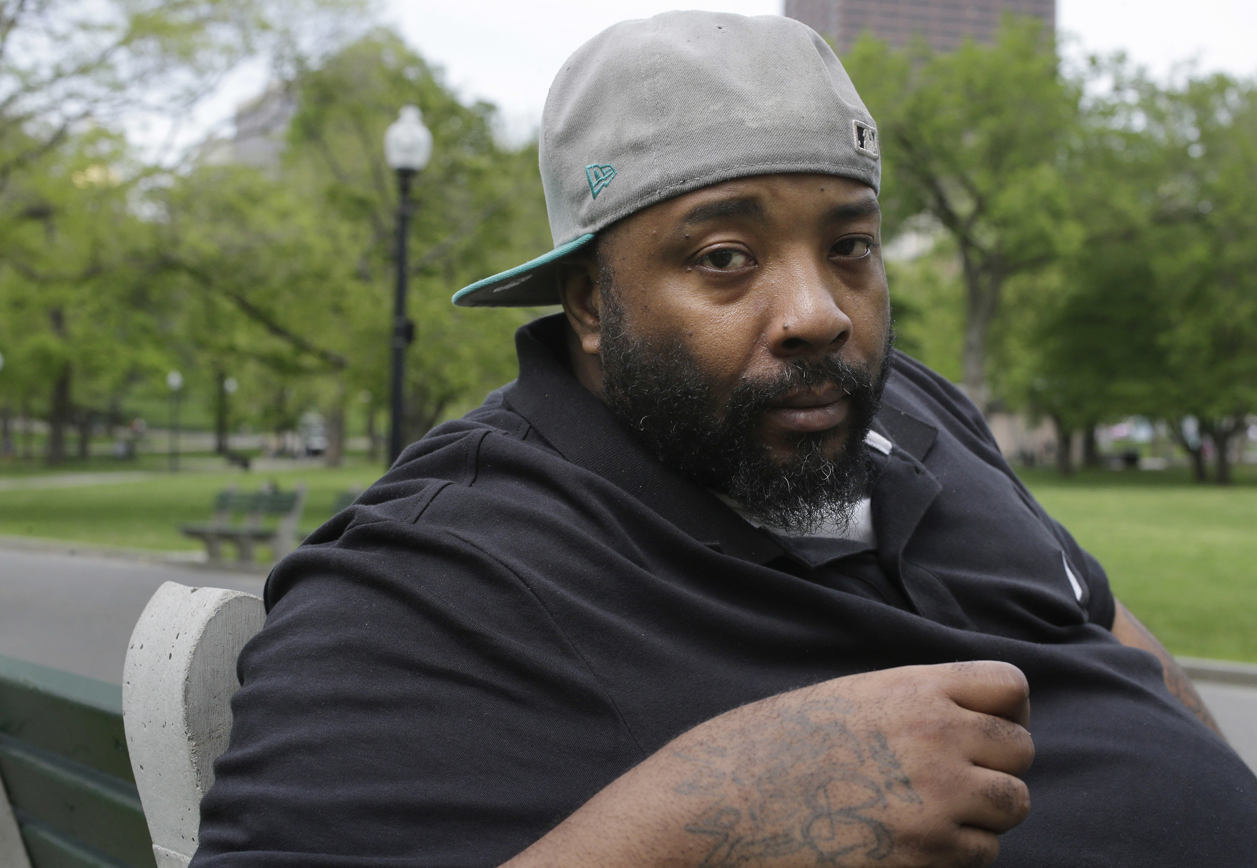 Black man jailed after trying to pay Burger King with $10 bill, lawsuit claims
