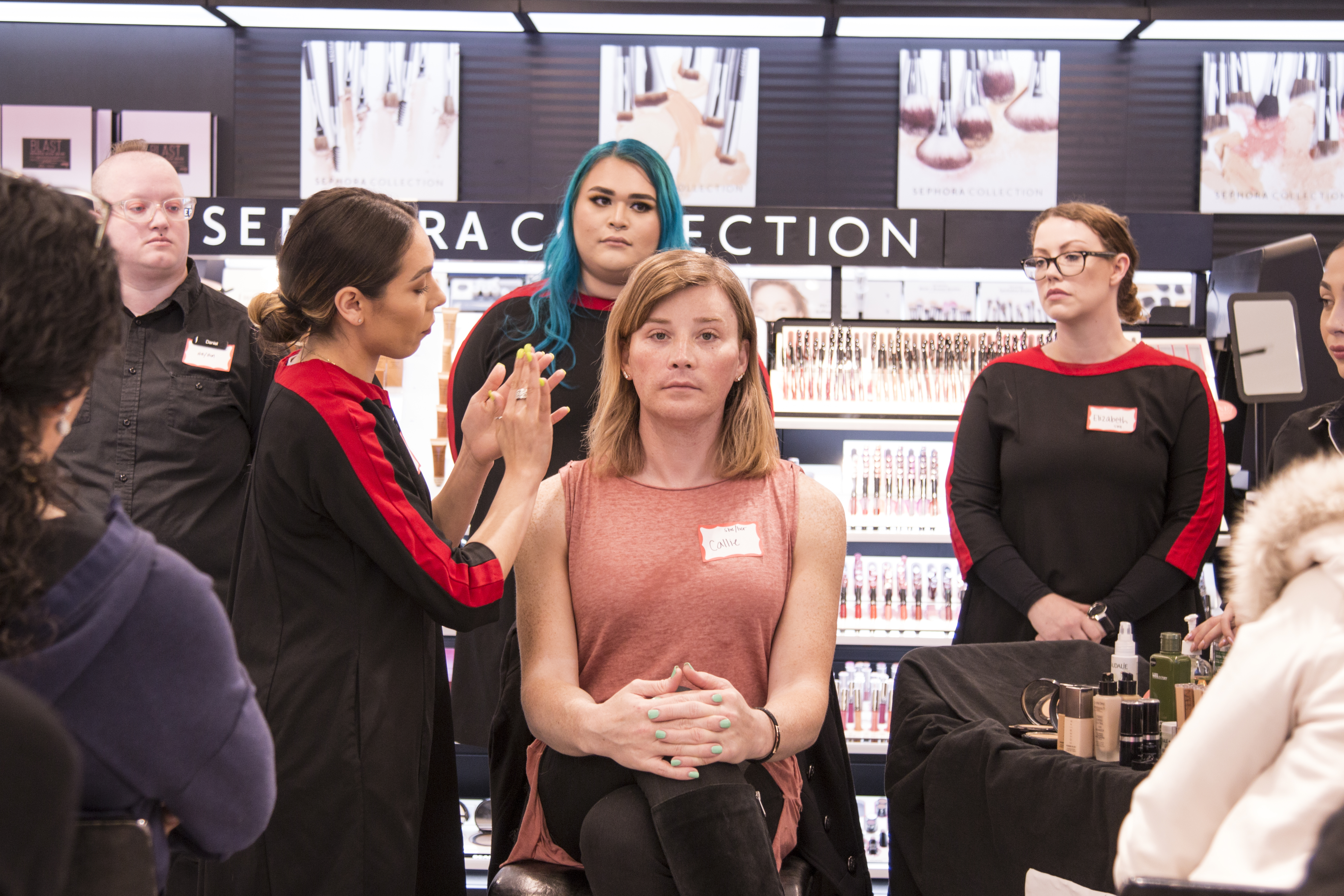 Sephora To Offer Free Makeup Cl