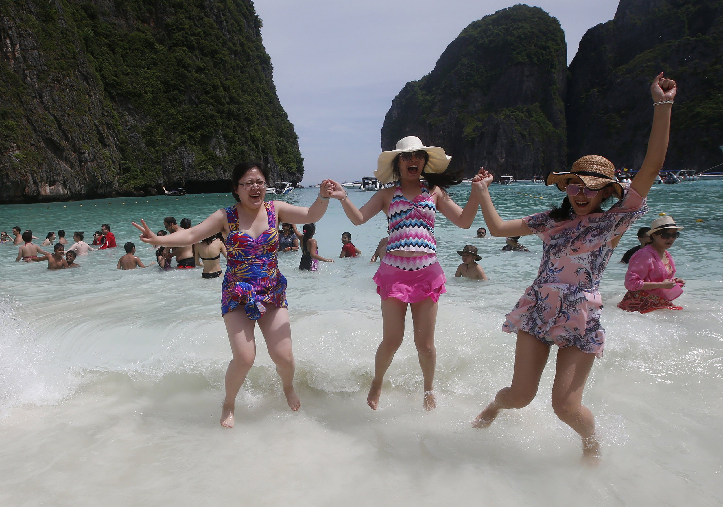 Ailing-Thai-beach-made-famous-by-DiCaprio-film-gets-tourist-timeout