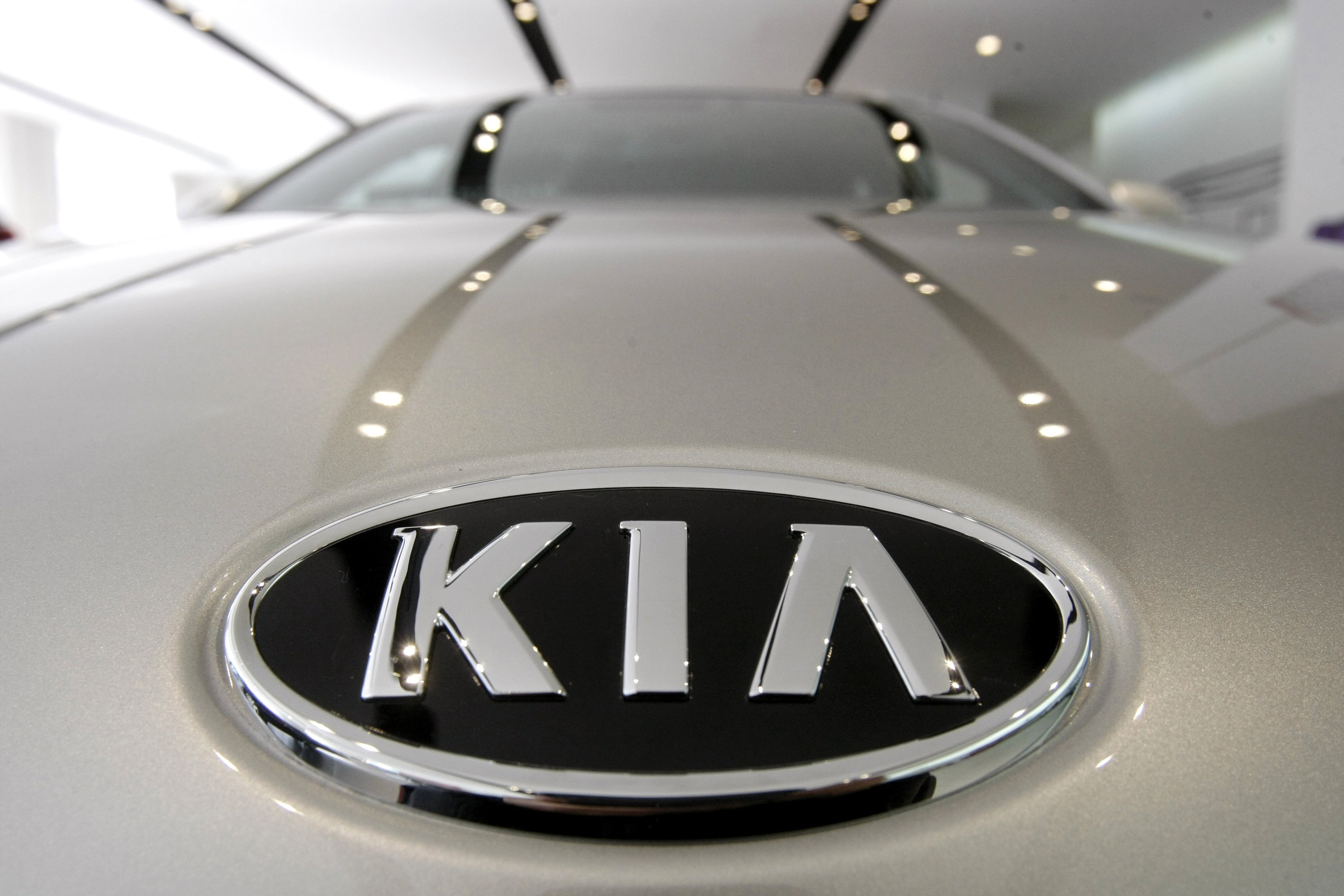 Kia-recalls-over-500,000-vehicles-over-airbags-amid-probe-into-four-deaths