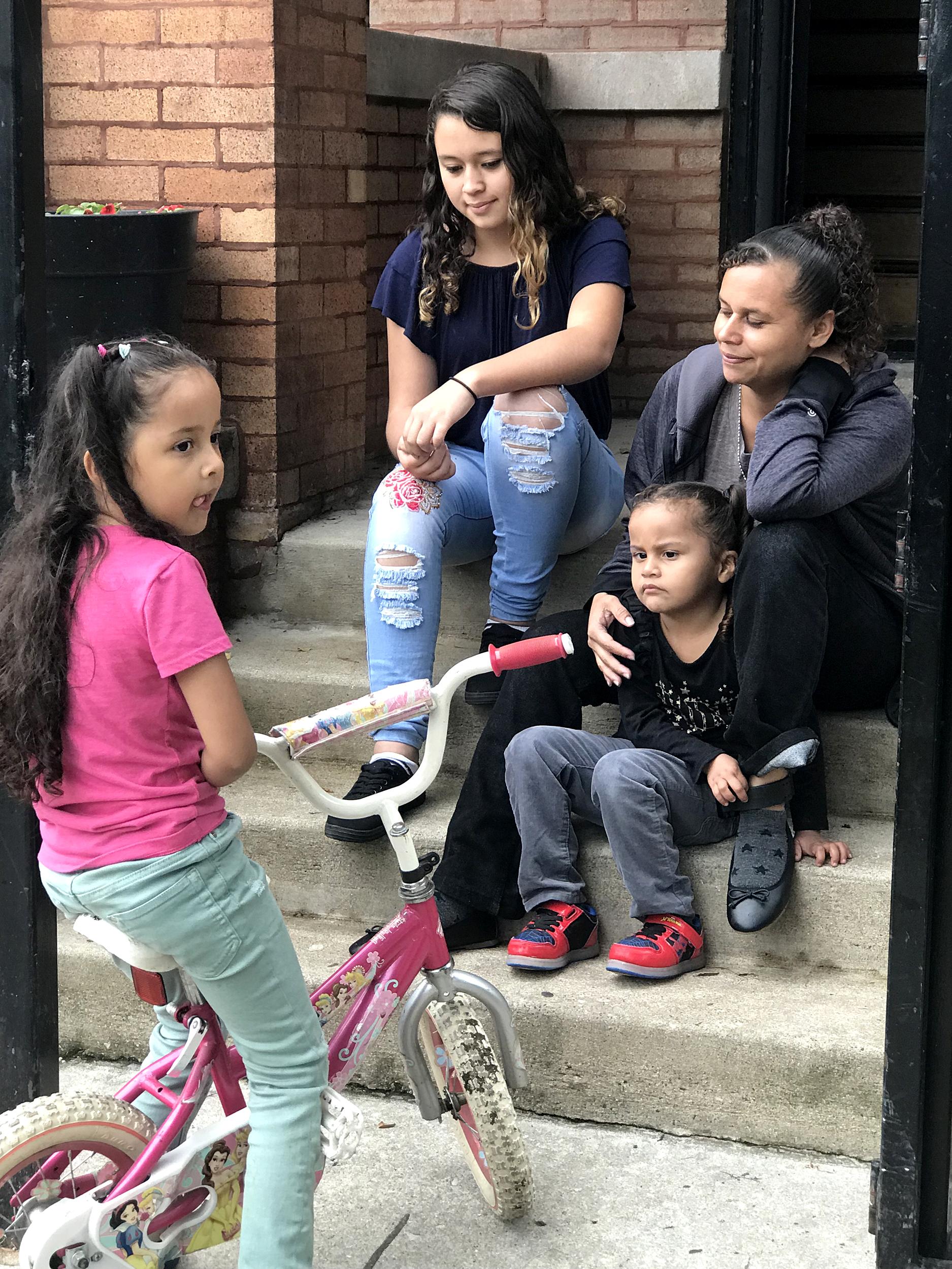 Seeking-asylum,-migrant-caravan-mom-calls-for-family-reunification