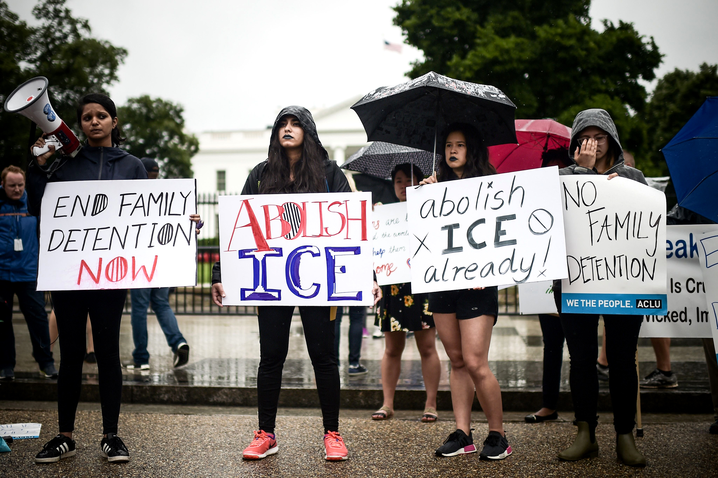 This Democrat is writing a bill to 'abolish ICE.' Here's how it ...