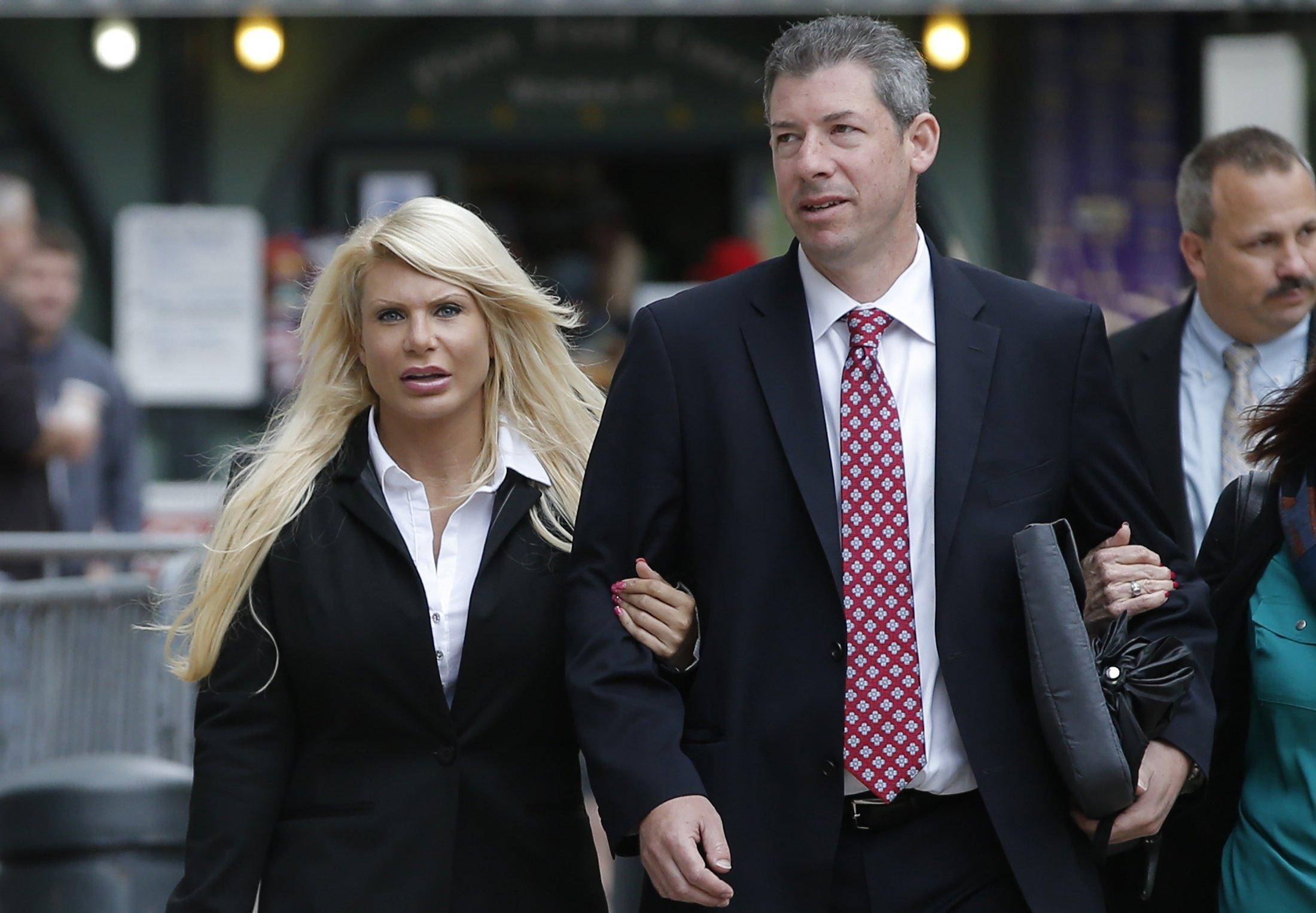 'Manhattan-Madam'-set-to-testify-before-Mueller-grand-jury-Friday
