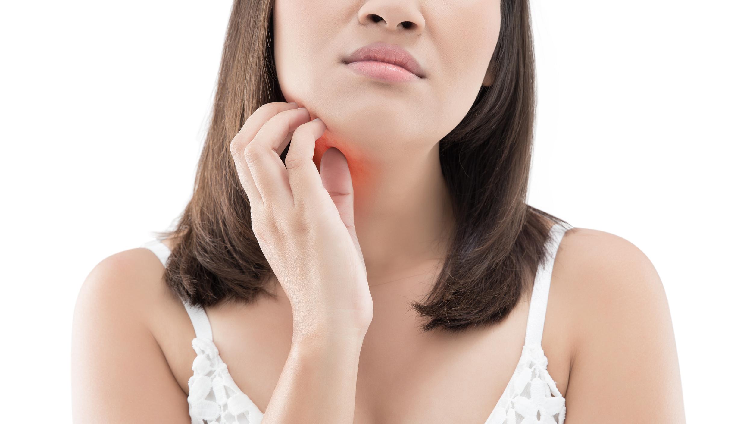 Heat rash, razor burn, bacne: How to summer skin issues
