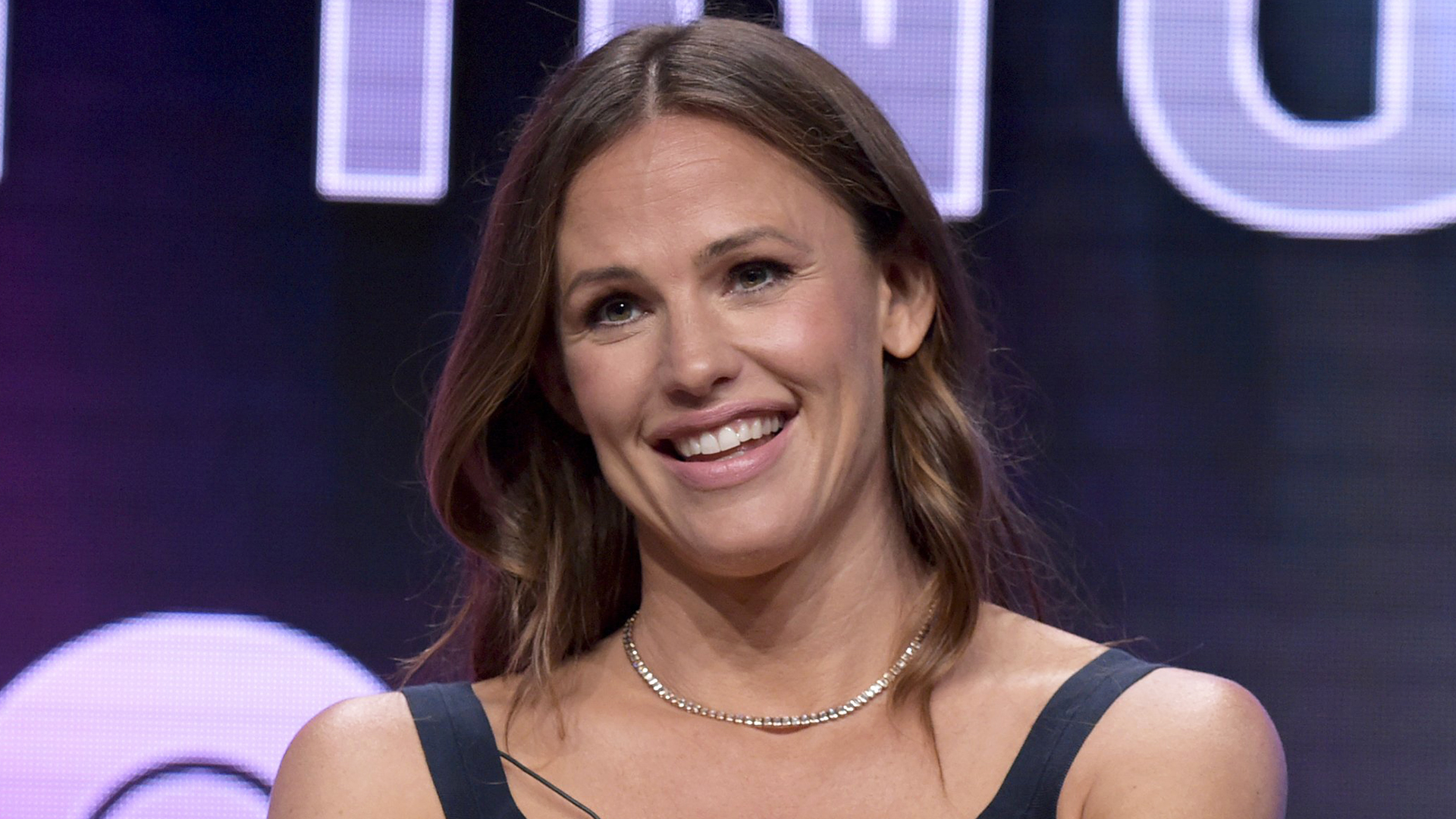 jennifer garner and daughter had to be rescued while kayaking in sweden