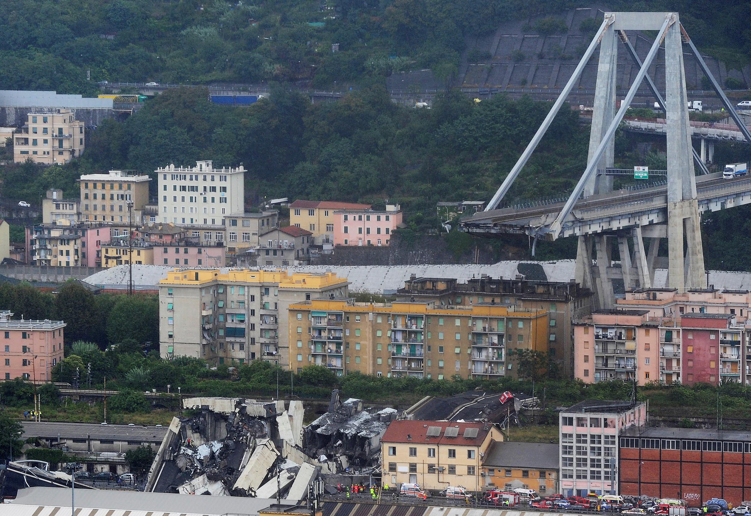 Highway Bridge Collapses In Genoa Italy 23 Confirmed Dead