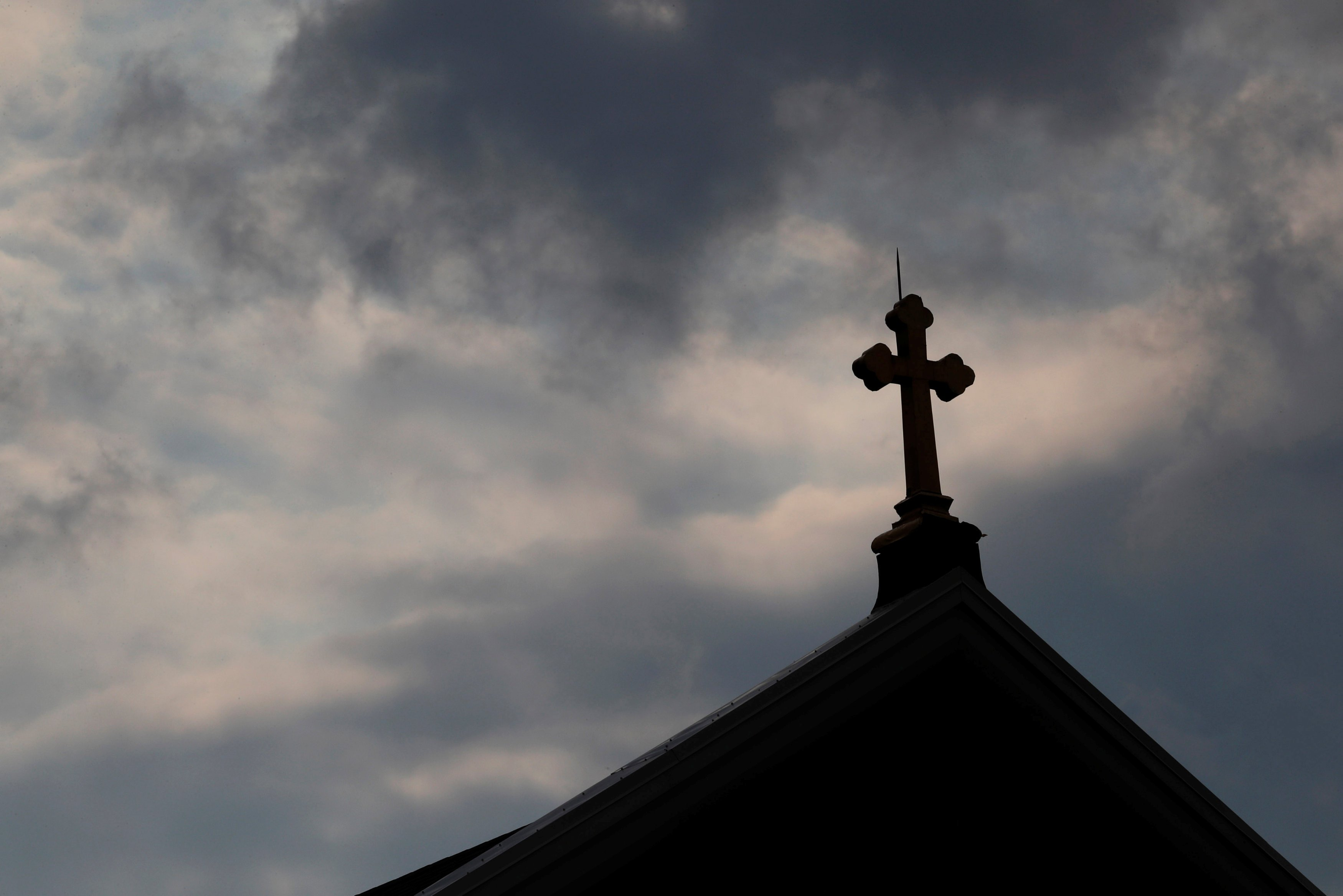 After Catholic abuse report, prosecutors can do little but name and shame