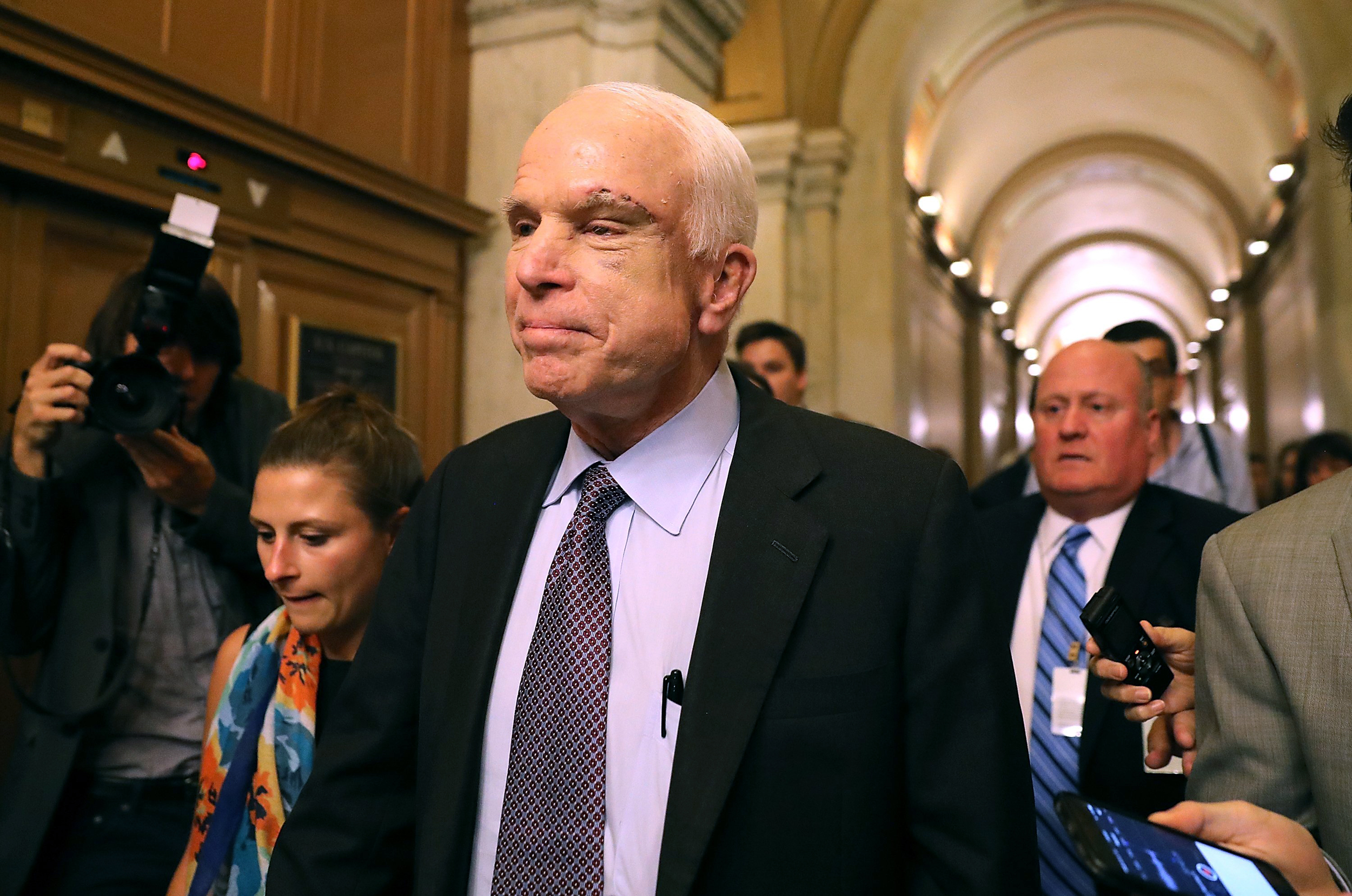 McCain-appears-to-criticize-Trump-in-farewell-message-to-the-nation
