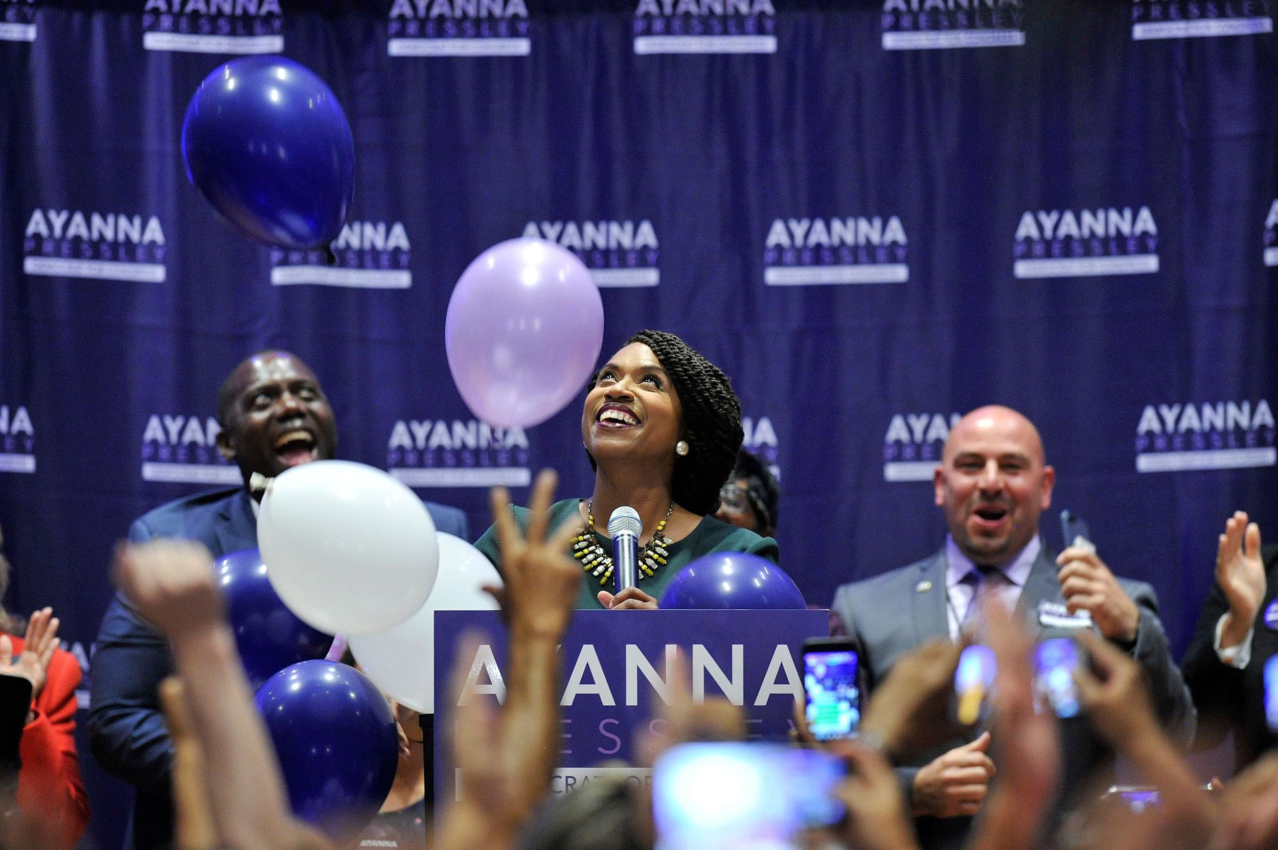 the best attitude 91a2a 95e7f Ayanna Pressley defeats 10-term incumbent Mike Capuano in Democratic  primary in Massachusetts