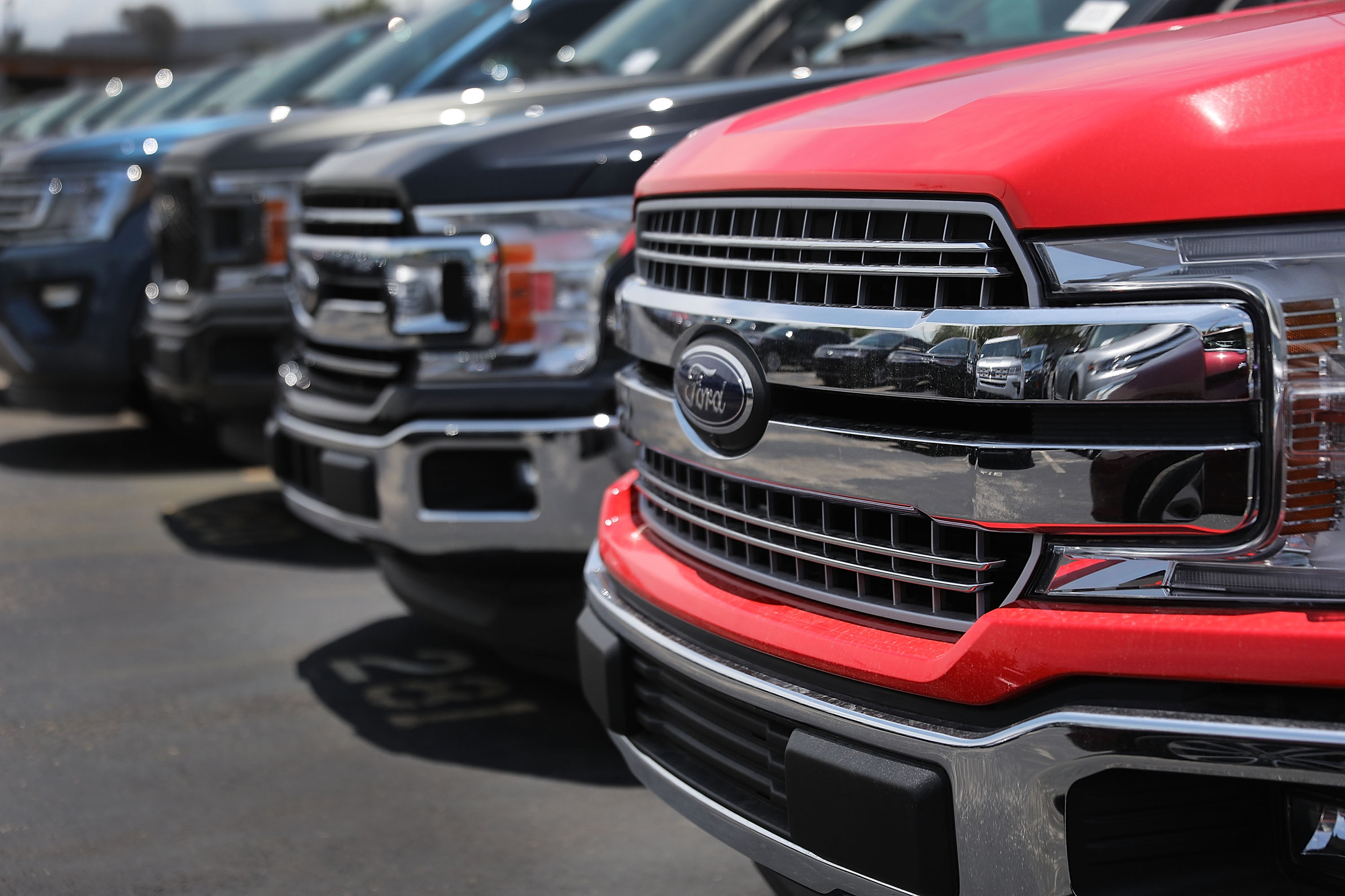 Ford recalls 2 million of its top selling f 150 pickups because of fire risk