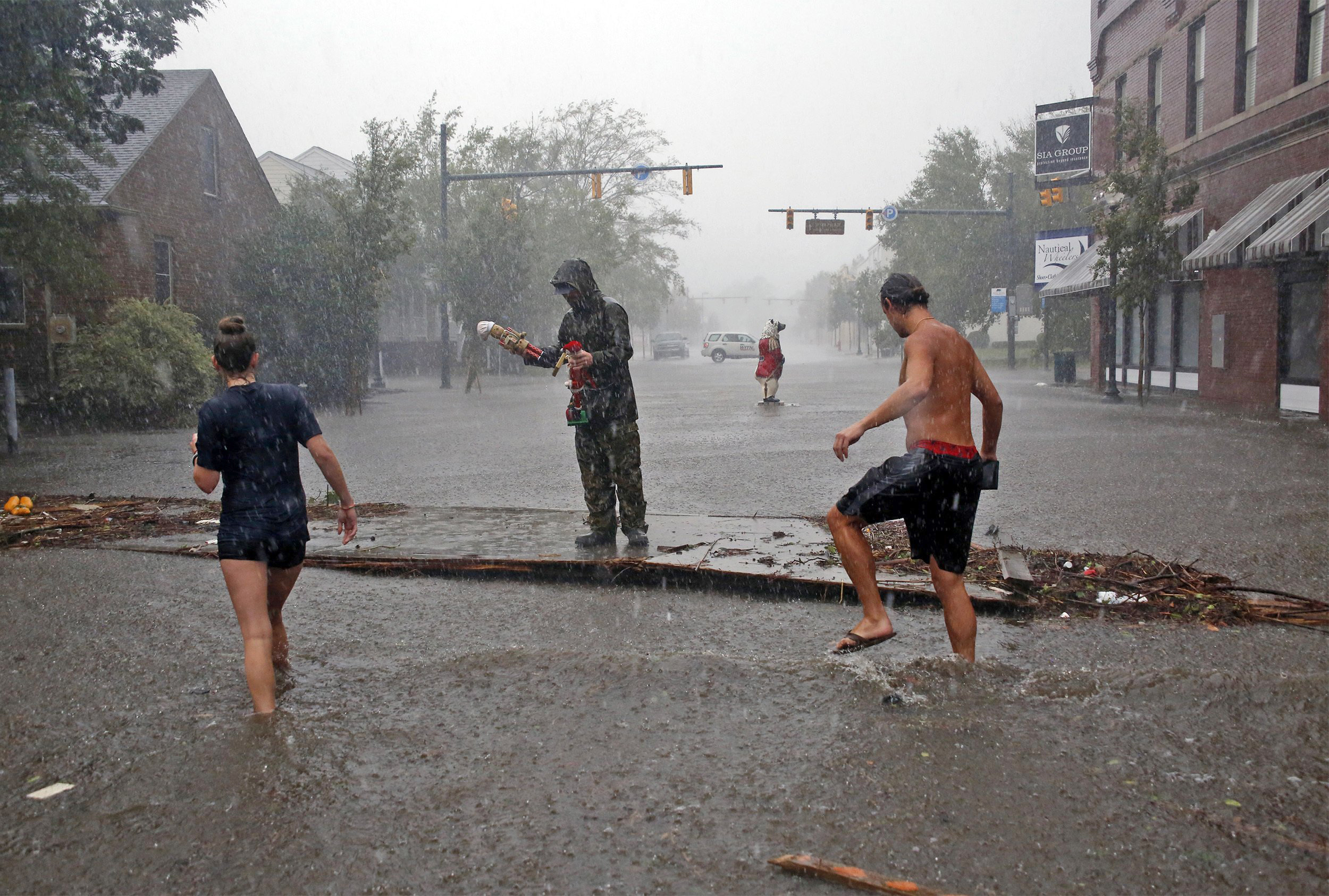 Hundreds rescued, many still trapped in New Bern, N.C., as city is