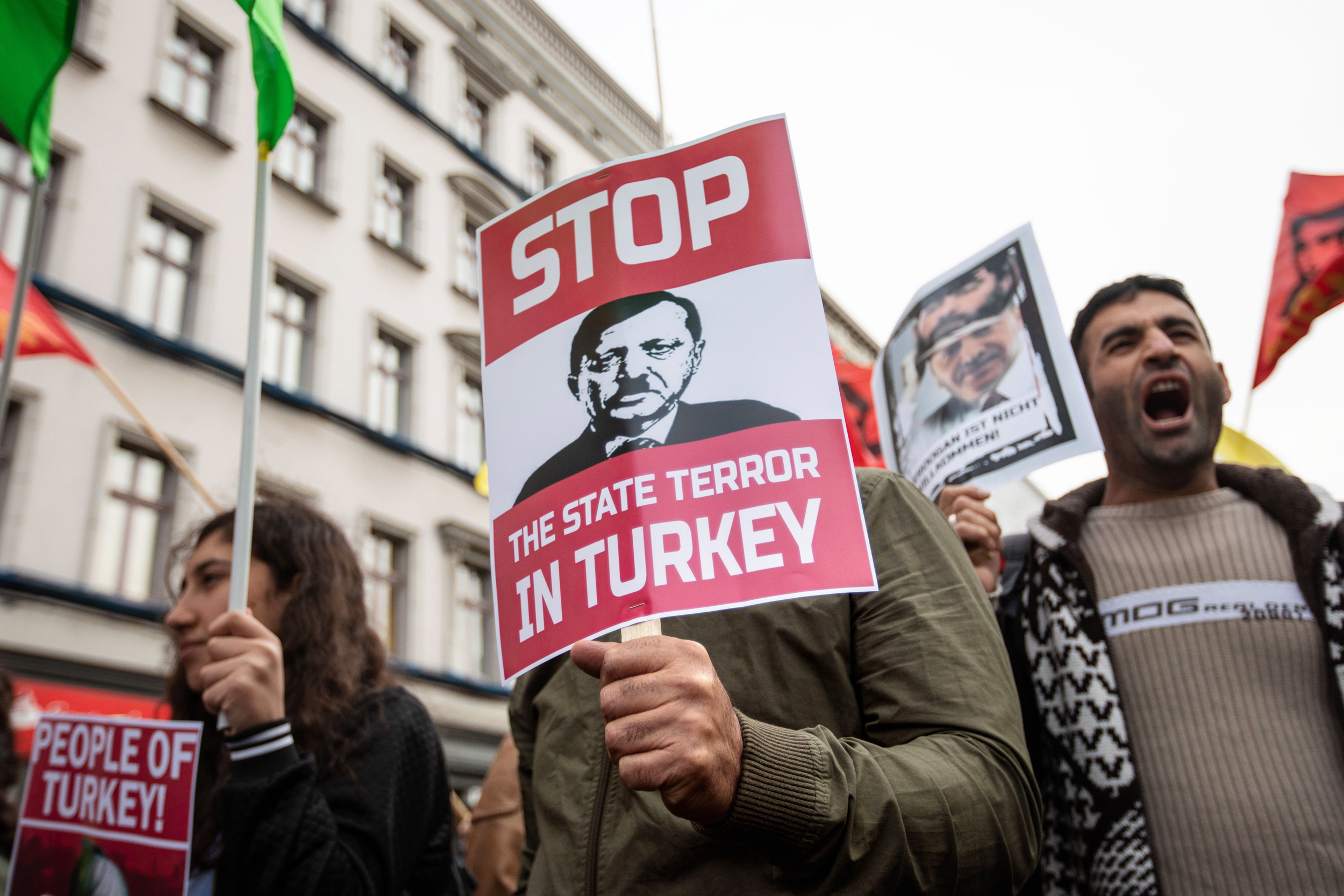 How the Turkish media responded to the death of the three military 10.02.2017 54