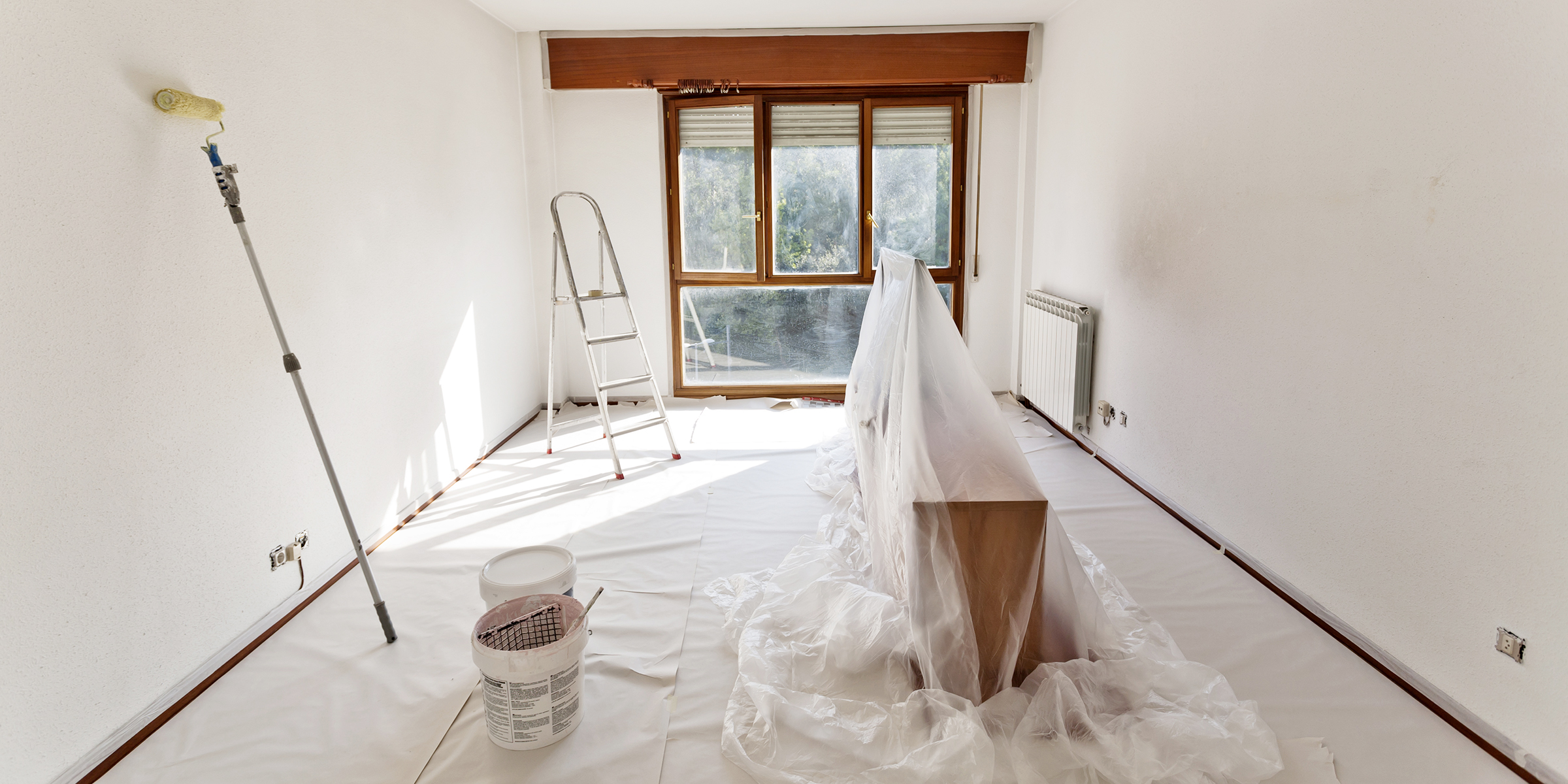 How To Paint A Room Tips On How To Paint A Wall Ceiling Trim And More