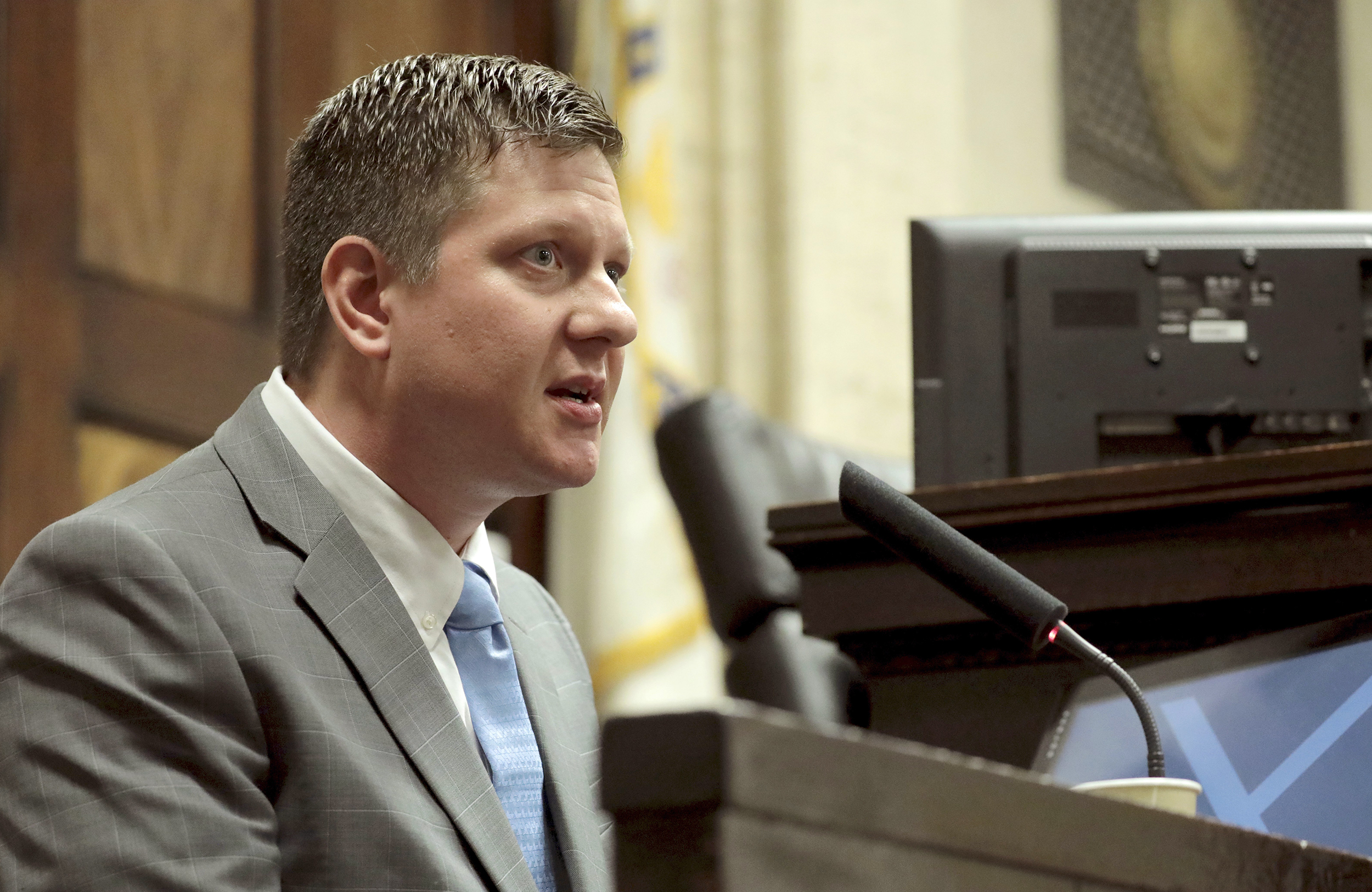 Chicago police Officer Jason Van Dyke takes the stand in his murder trial on Oct. 2, 2018 for the shooting death of Laquan McDonald, in Chicago.