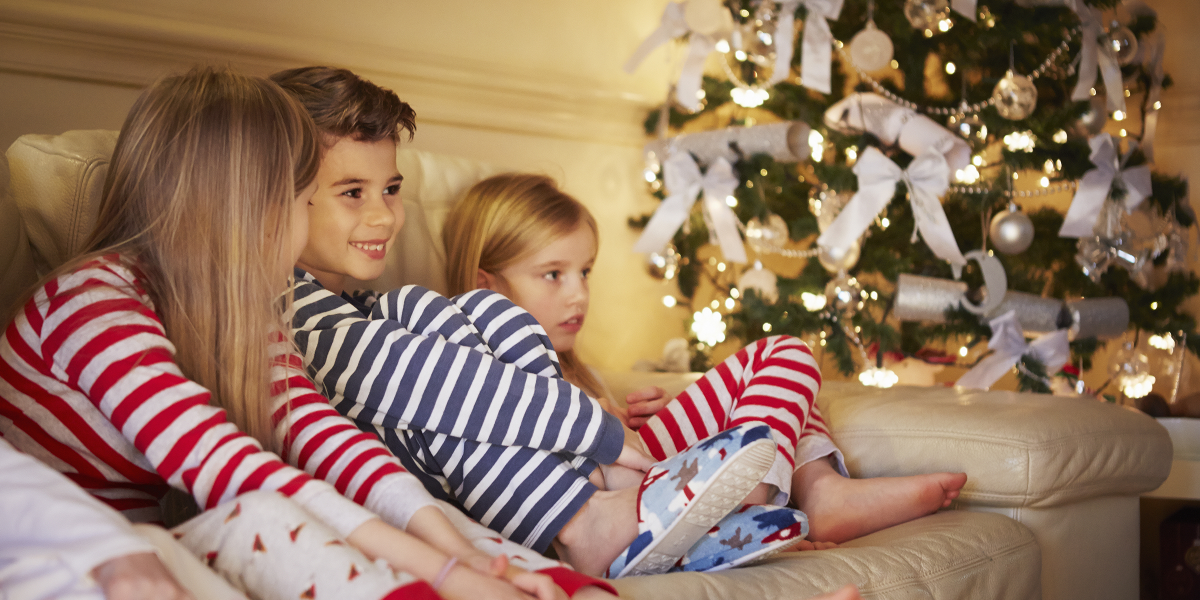 Family Christmas Pajamas Ideas.12 Best Matching Family Pajama Sets For Christmas Or