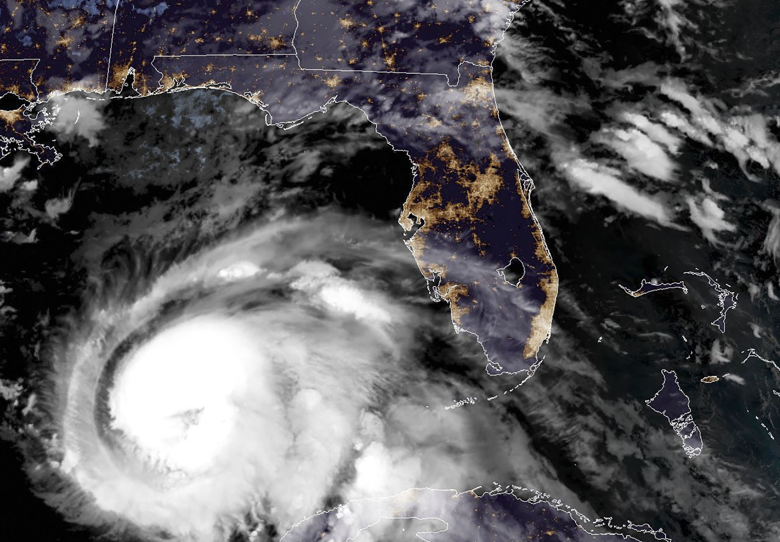 'Dangerous-hurricane'-Michael-expected-to-be-Category-4-when-it-hits-Florida