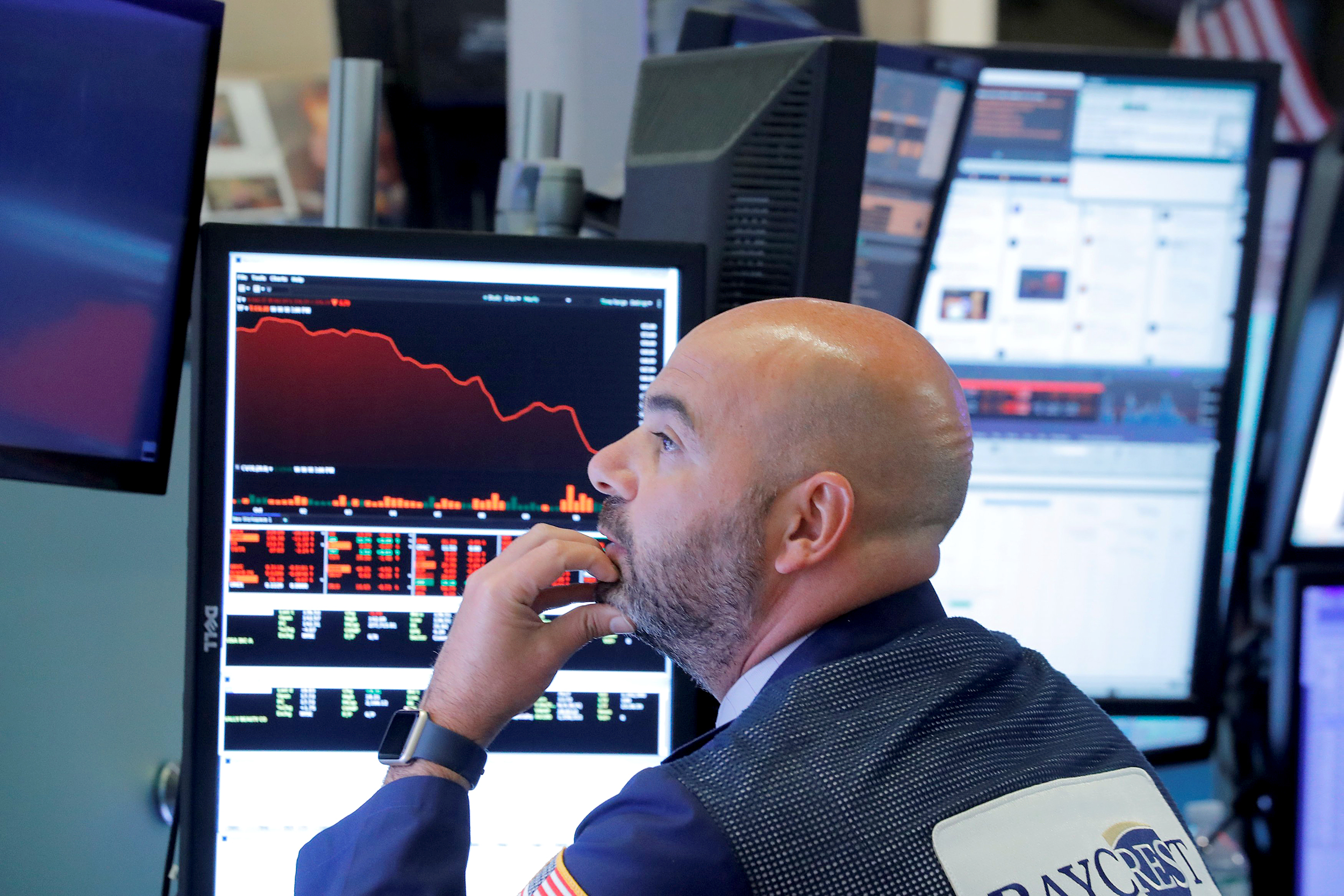 Dow-Jones-plunges-800-points-as-rising-rates-spark-fears