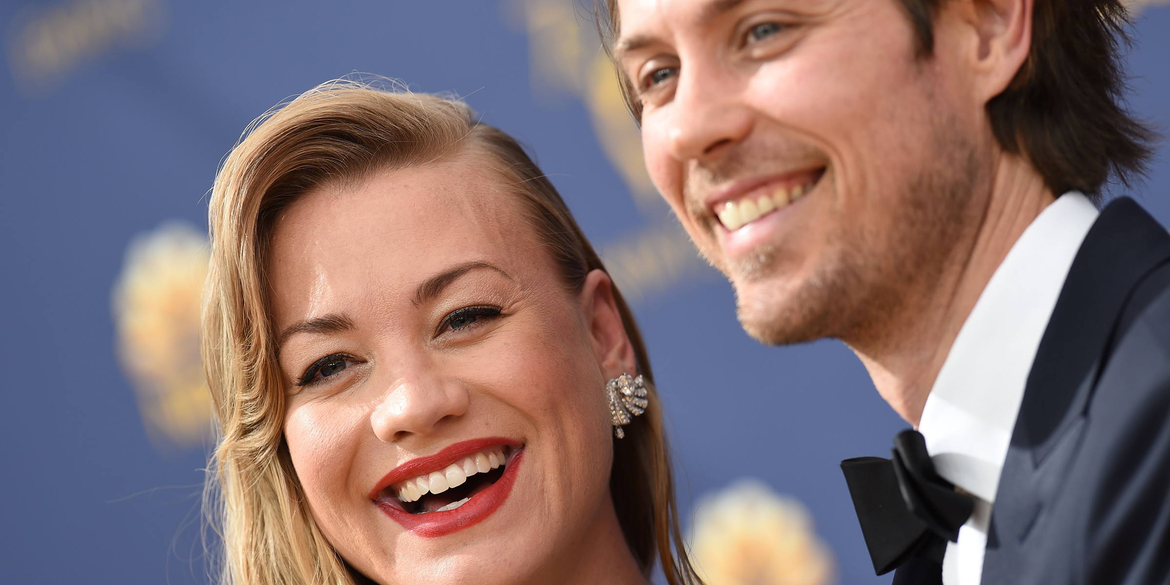 Handmaid S Tale Star Yvonne Strahovski Welcomes Baby Boy See The 1st Pic Tim loden and yvonne strahovski at the 69th emmy awards governors ball. handmaid s tale star yvonne strahovski welcomes baby boy see the 1st pic
