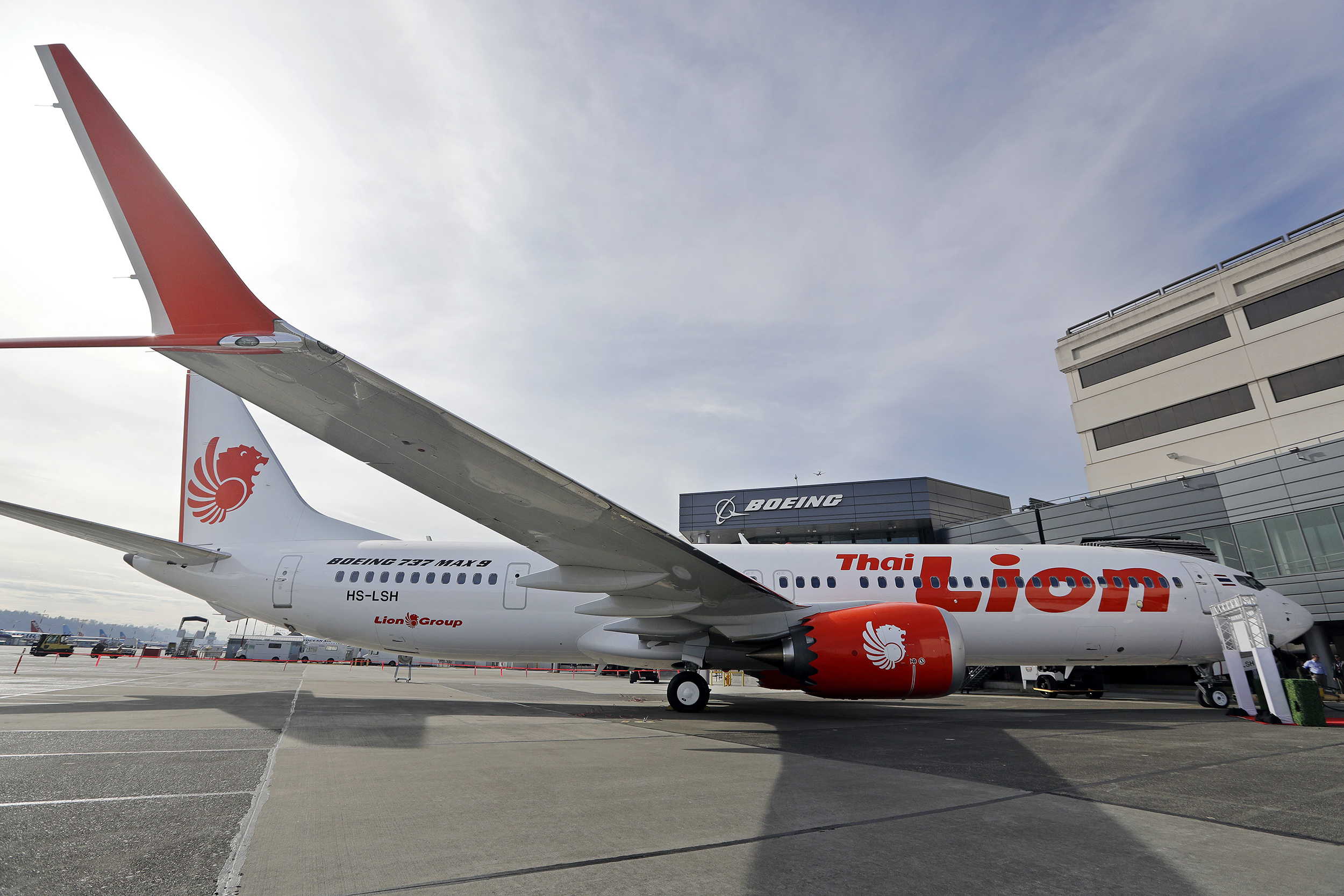 boeing issues safety bulletin over angle of attack sensors on 737