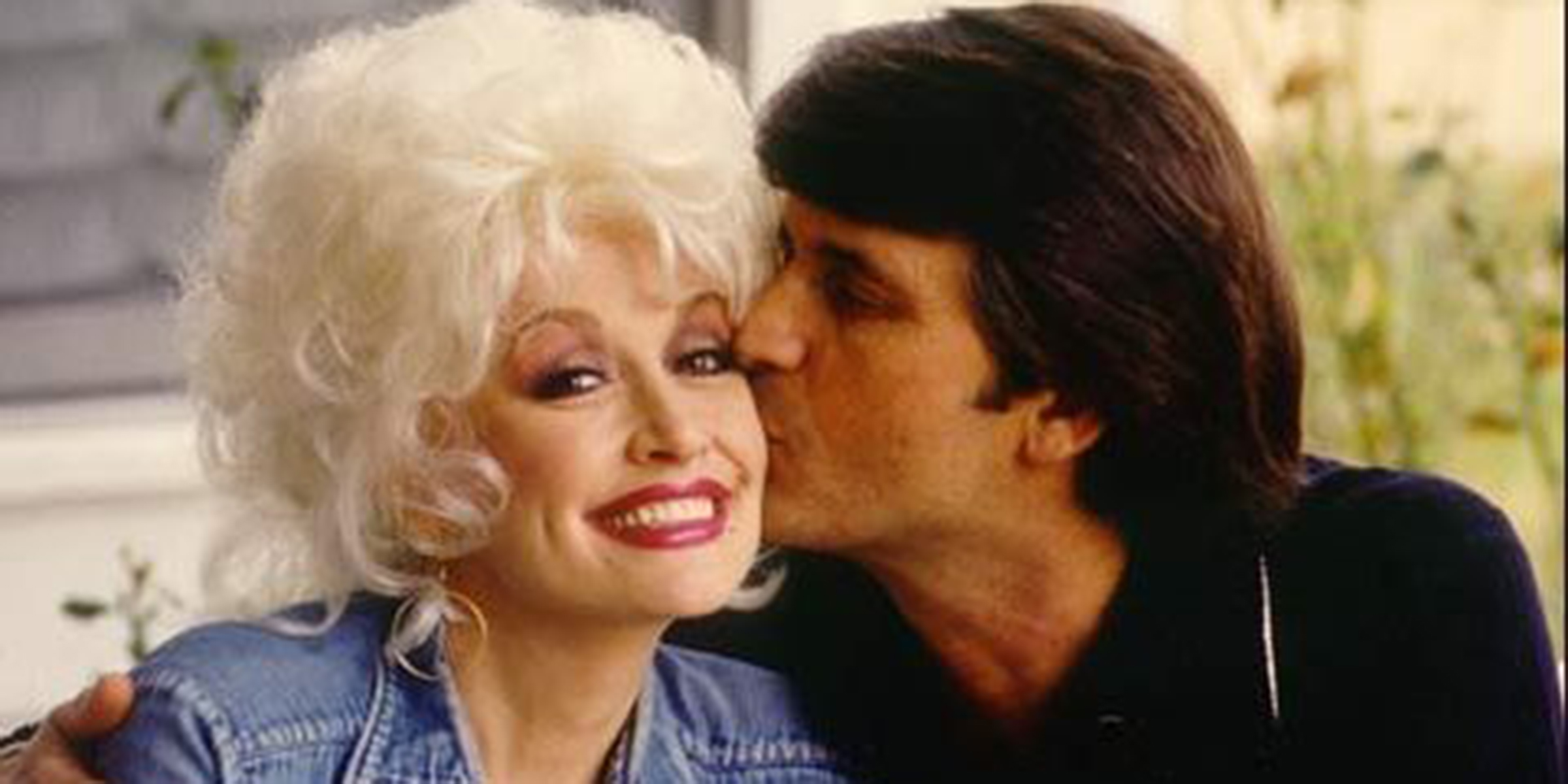 Dolly Parton reveals secrets to her 52-year marriage to Carl Thomas Dean