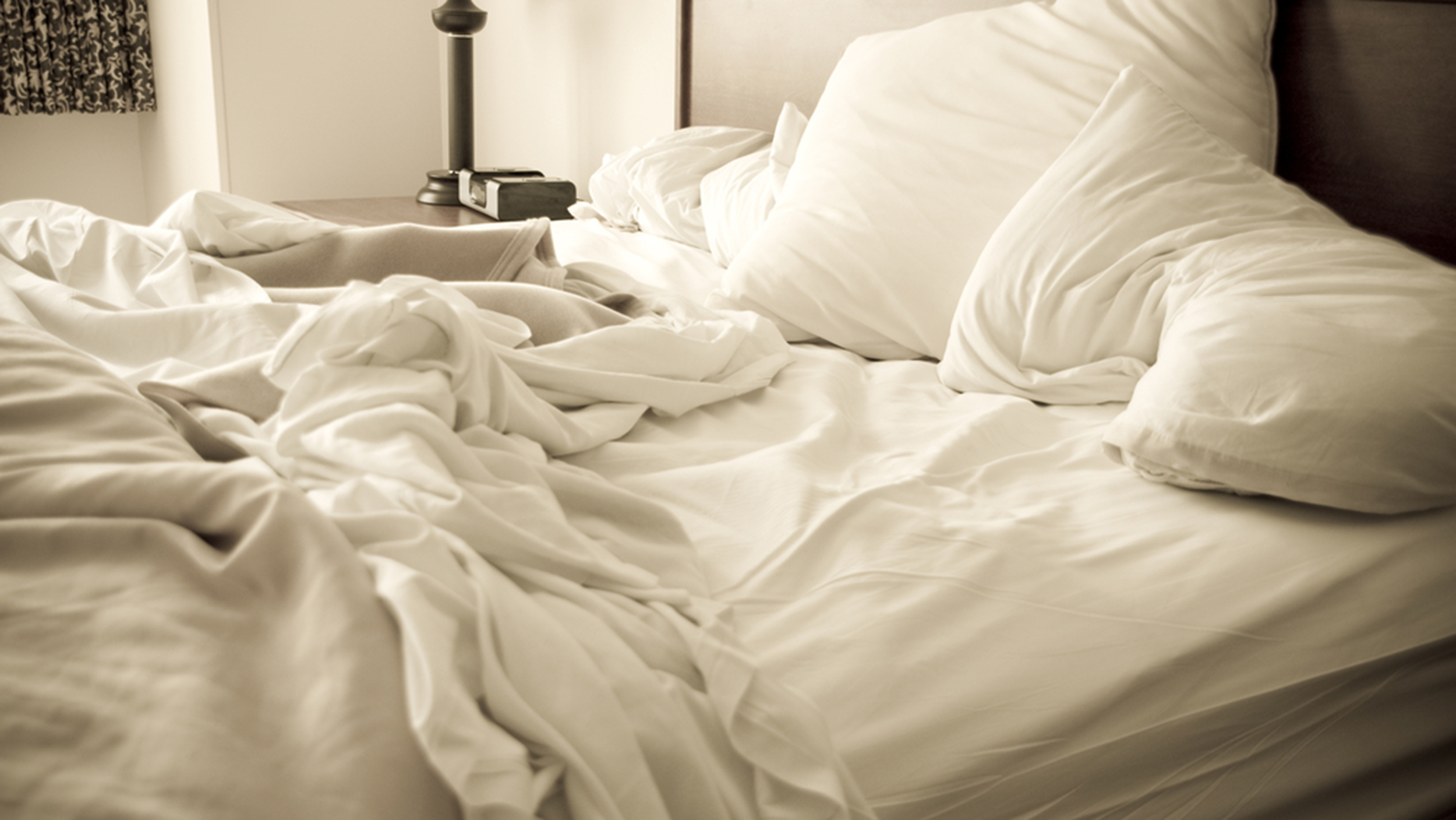 The Reason Scientists Say You Shouldn T Make Your Bed