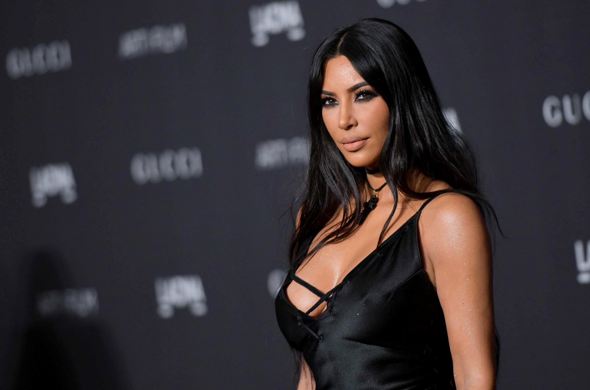 Kim kardashian sex tape pictures photo 80
