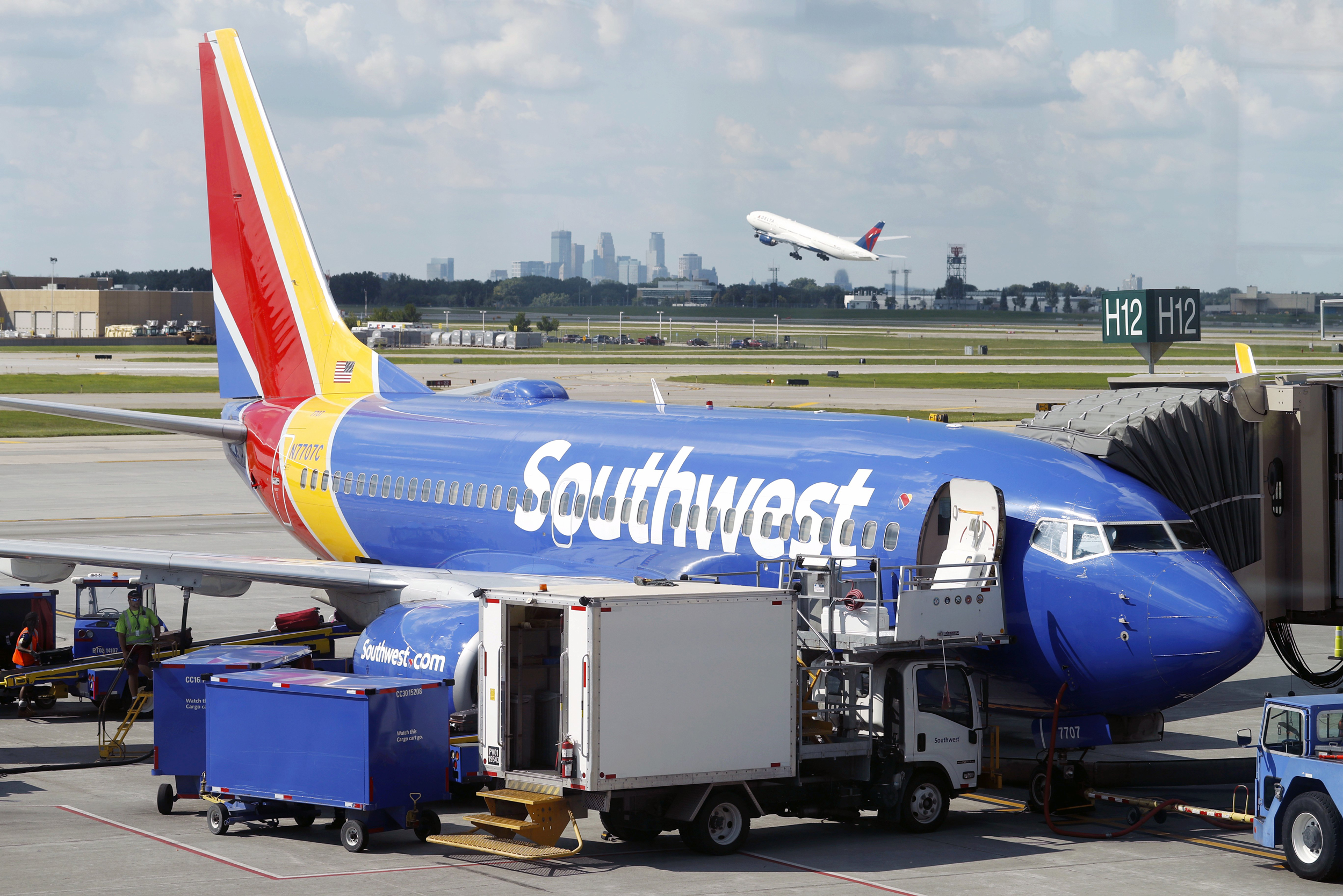 Southwest Airlines Apologizes For Employee Laughing At 5 Year Old
