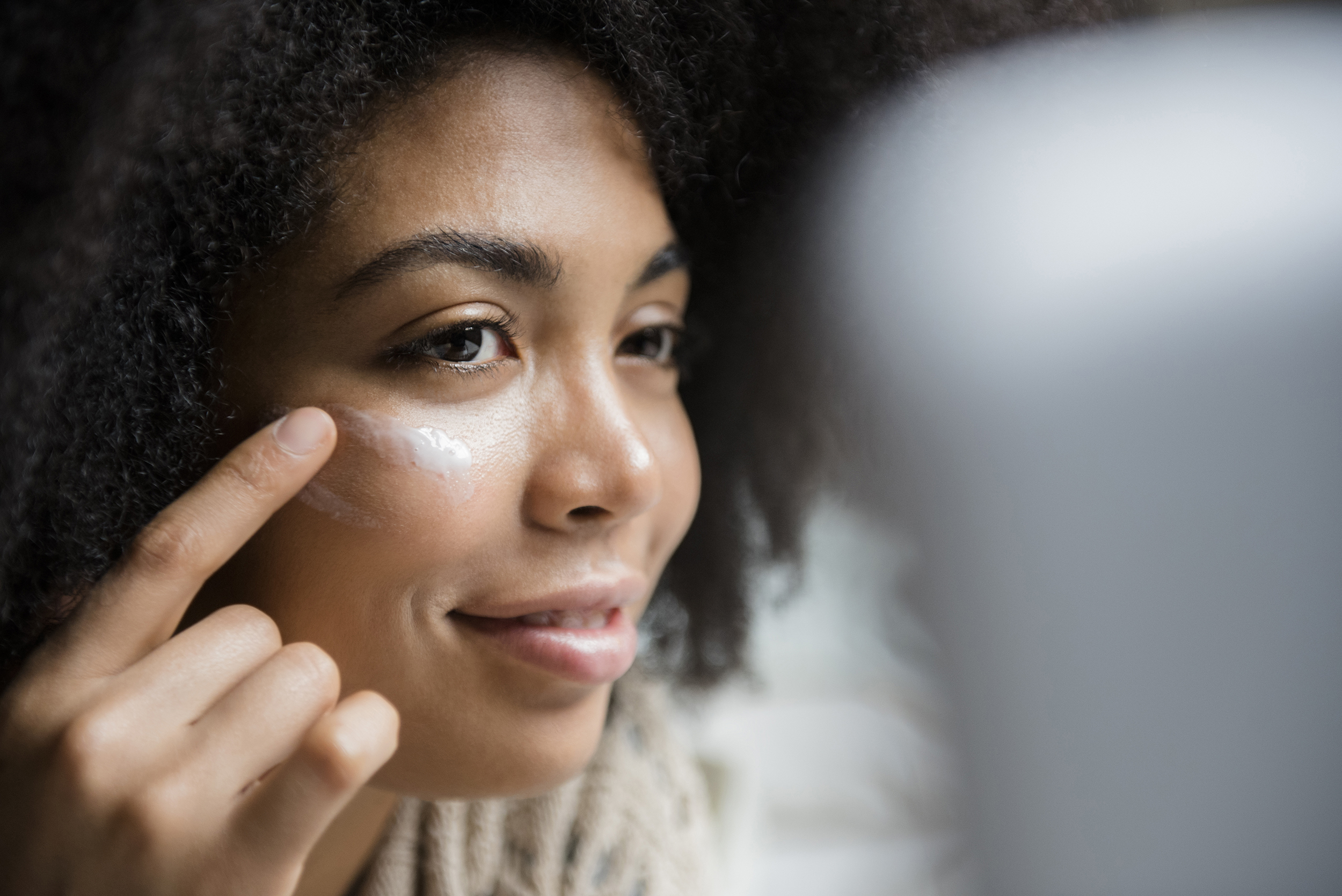 The Top 10 Home Remedies For Acne According To Dermatologists