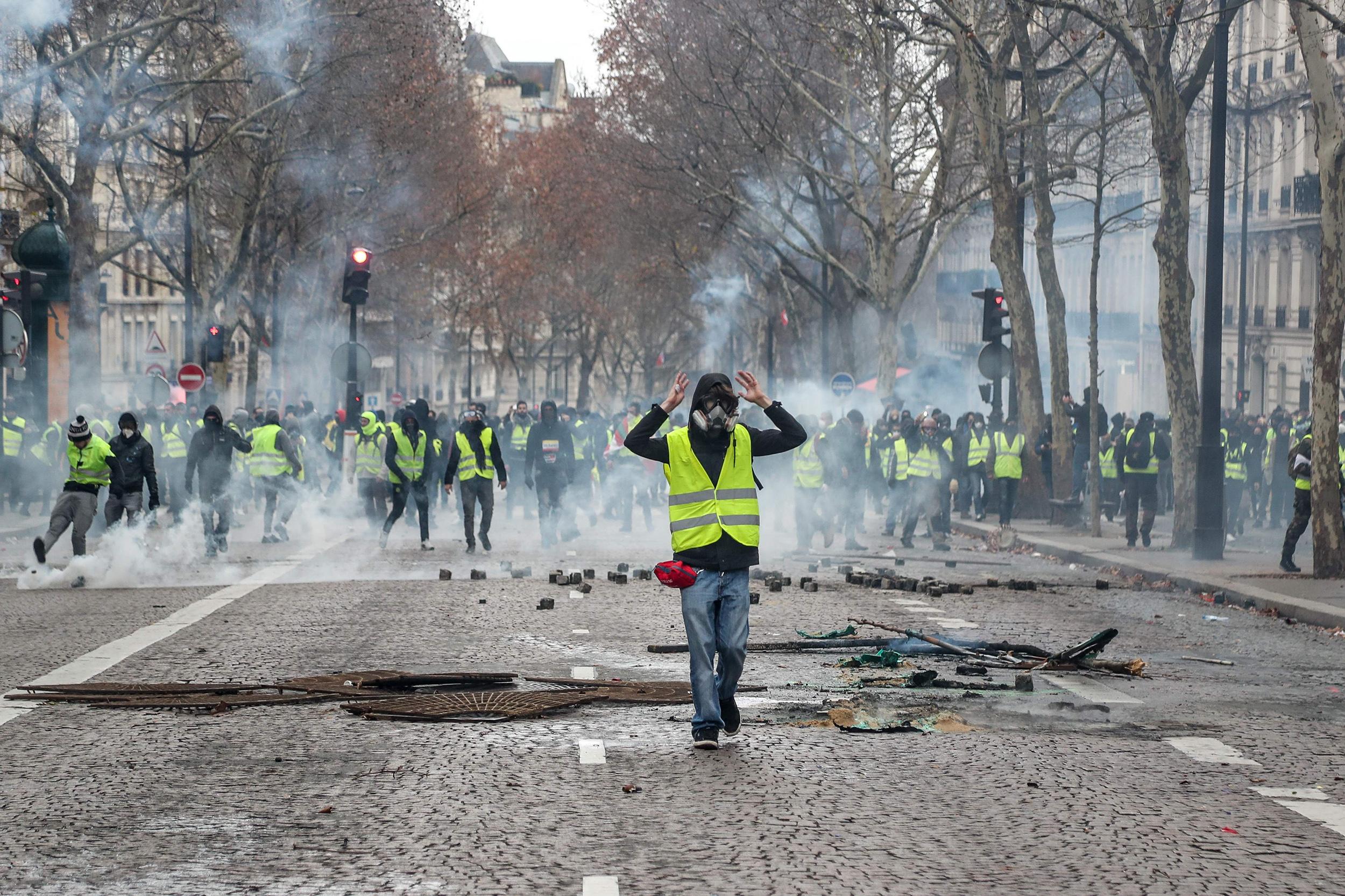 Paris protests open up rift on American left, spark U.S. climate change debate