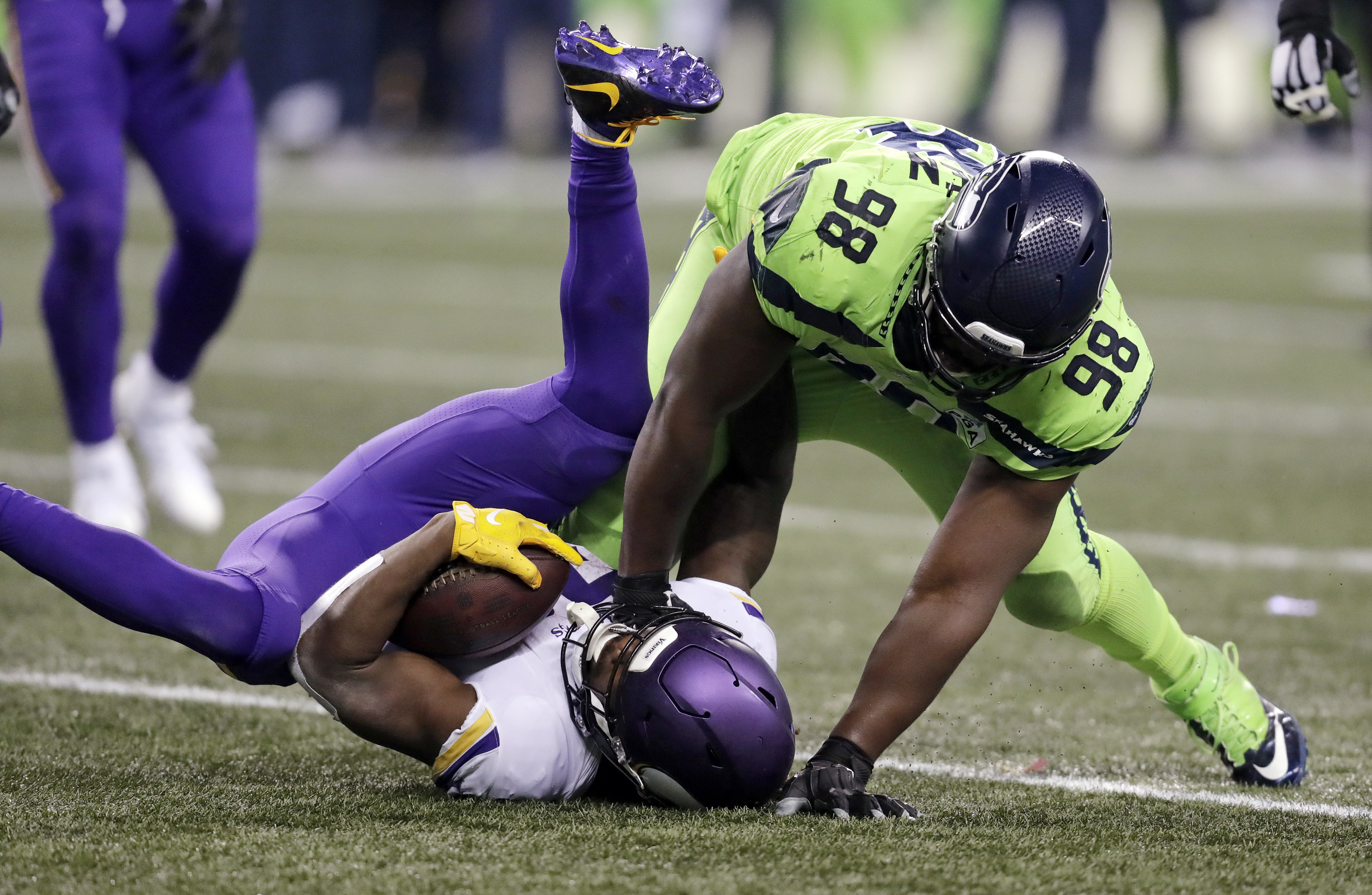 Seahawks beat Vikings with a little offense, some special teams and a lot of defense