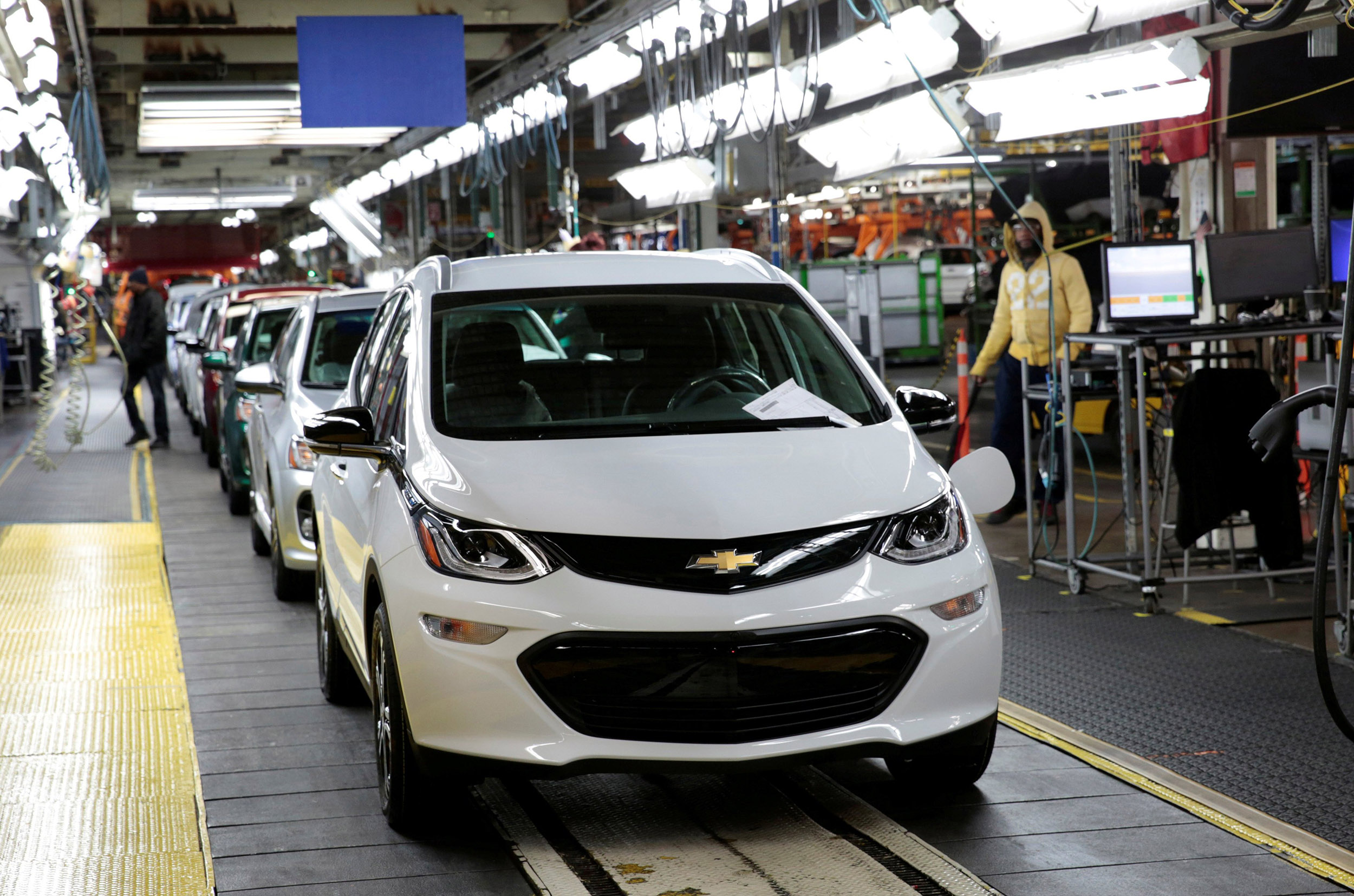 GM recalls all 2019 and newer Chevrolet Bolts