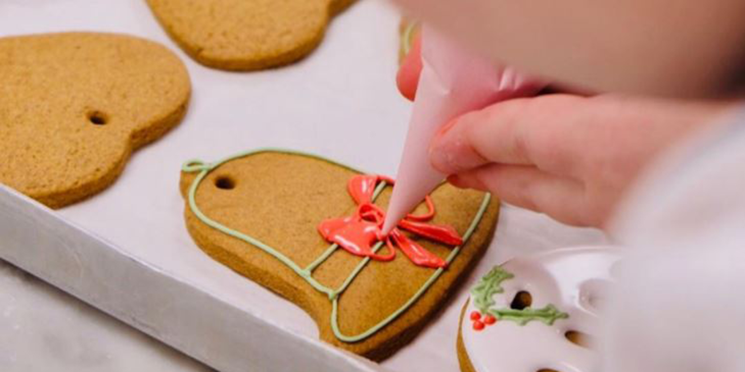 Royal Family Recipe For Gingerbread Cookies Served At Christmas To Queen