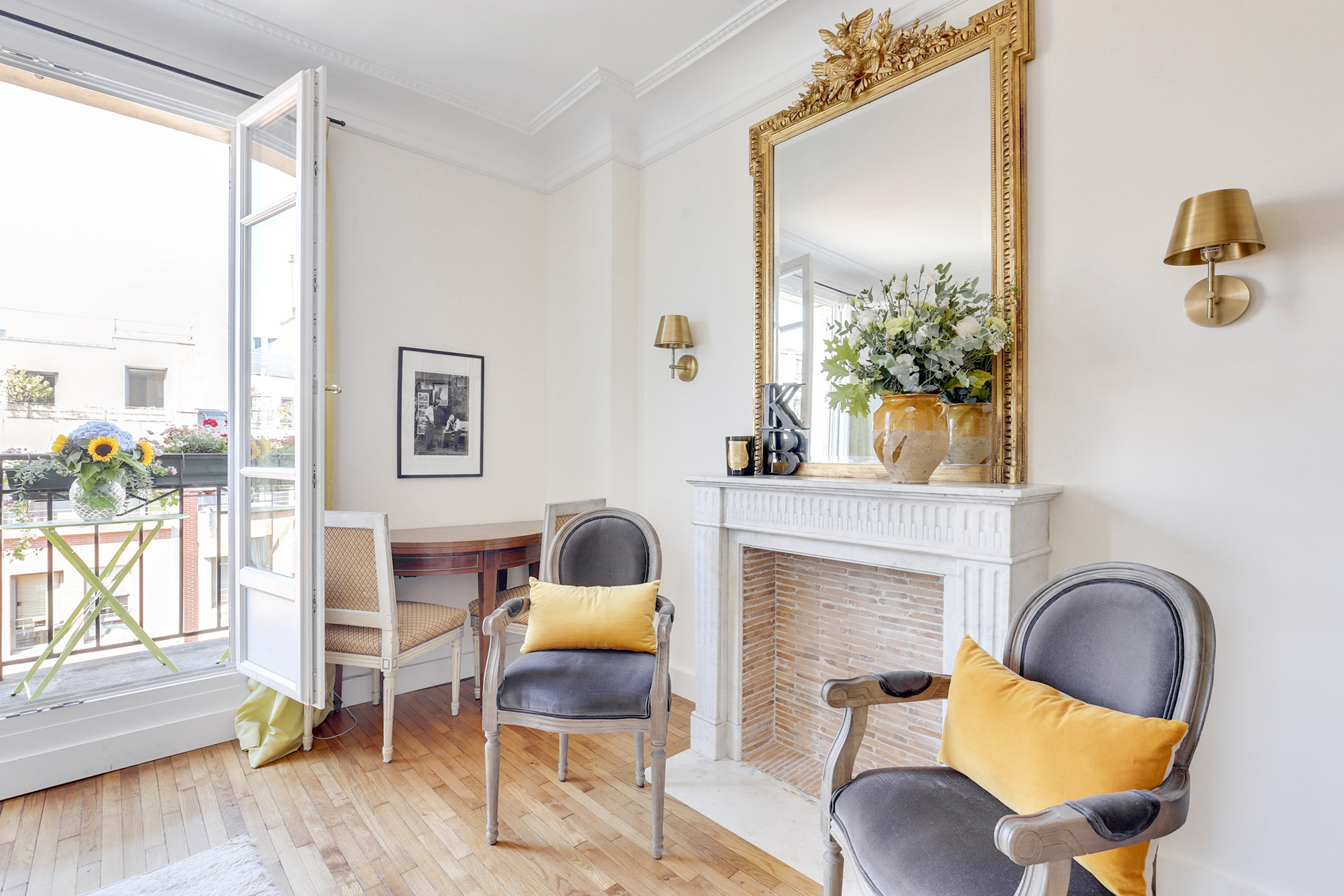 8 Space Saving Ideas To Steal From This Tiny And Perfect Paris Apartment