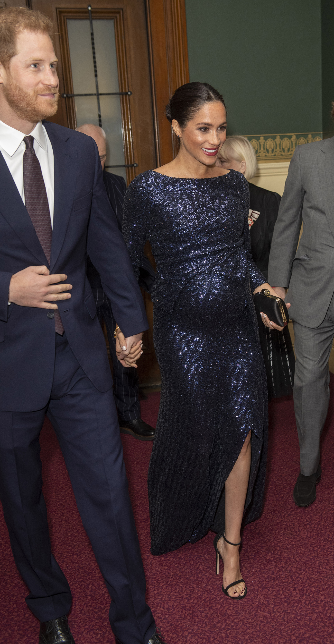 Meghan Markle Dazzles In Sparkly Blue Maternity Gown