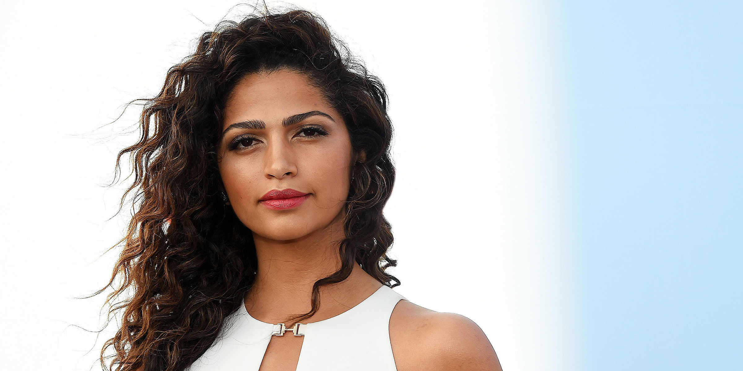 Model Camila Alves Swears By This 1 Natural Skin Care Product For The Winter