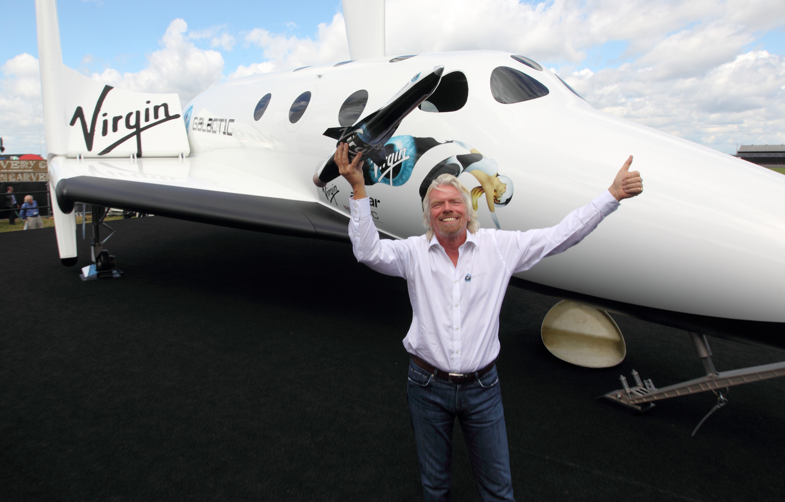 Virgin Galactic founder Richard Branson sets date of first trip into space