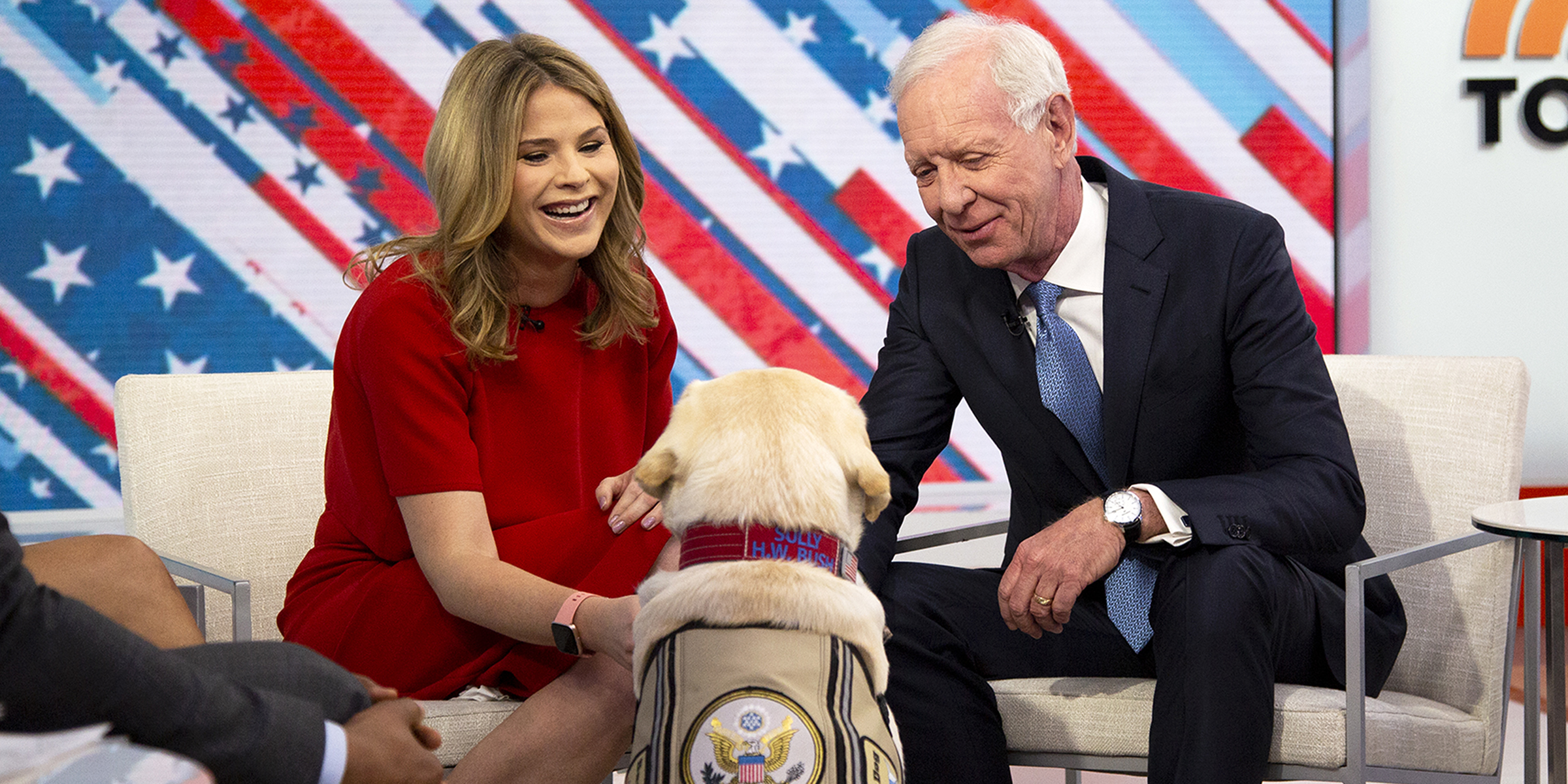 Sully meets Sully! George H.W. Bush's service dog meets hero pilot Chesley Sullenberger