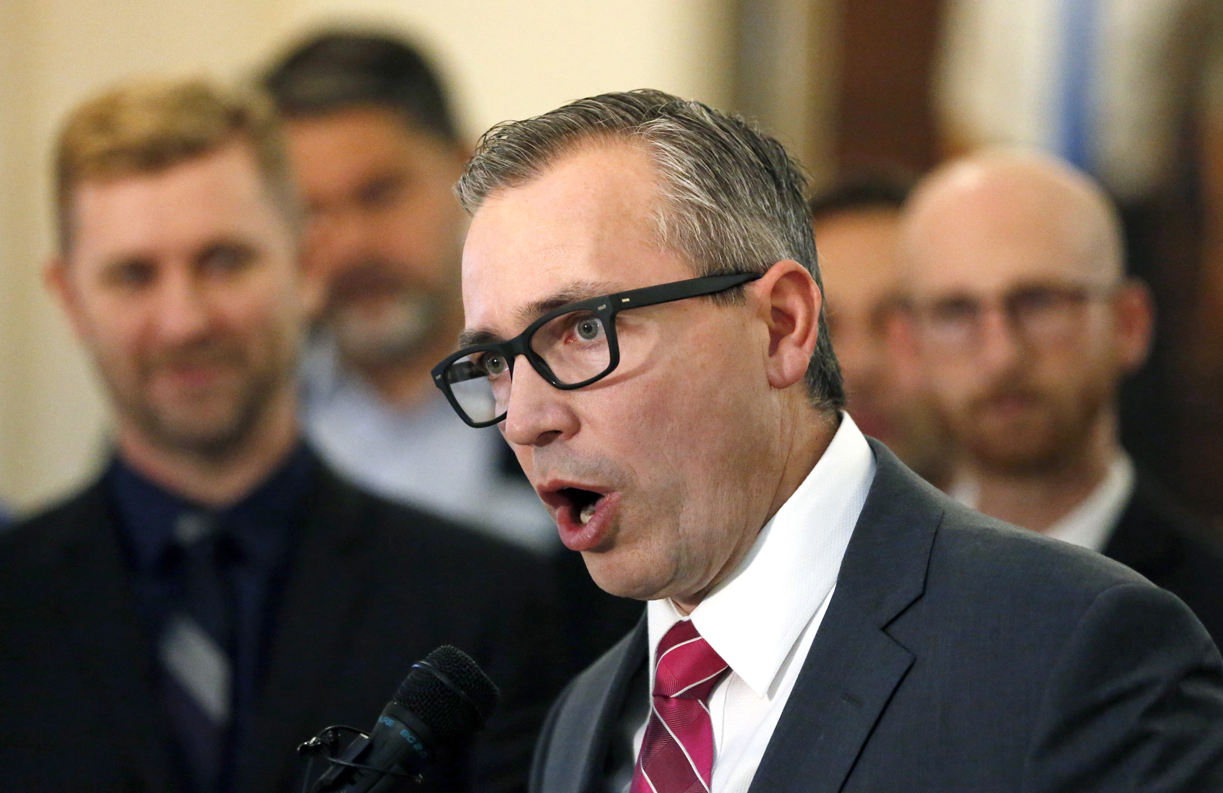 GOP lawmakers push to ban 'gay conversion therapy' in Utah