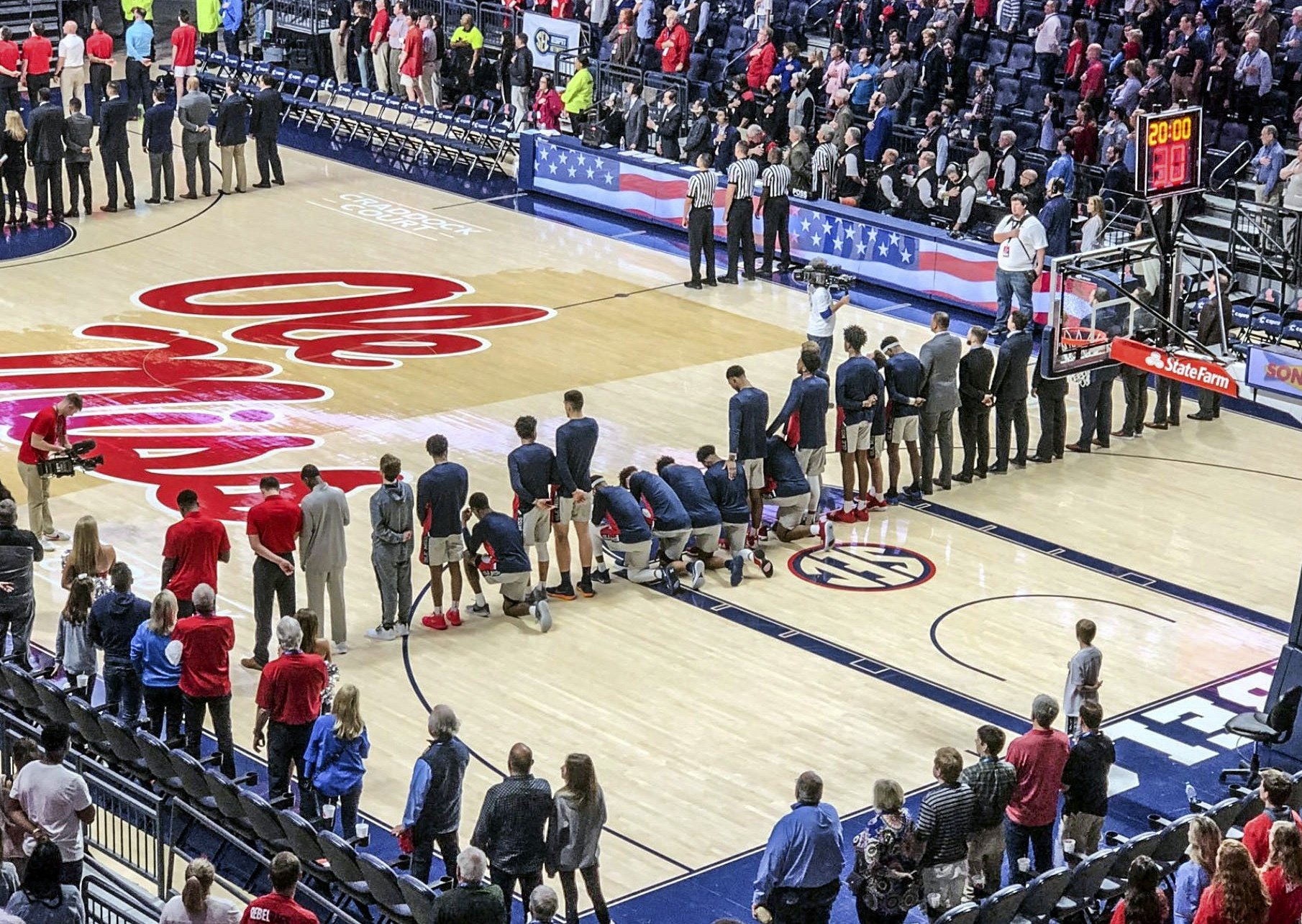 Ole Miss Players Take Knee During Anthem As Pro Confederate Rally Unfolds On Campus