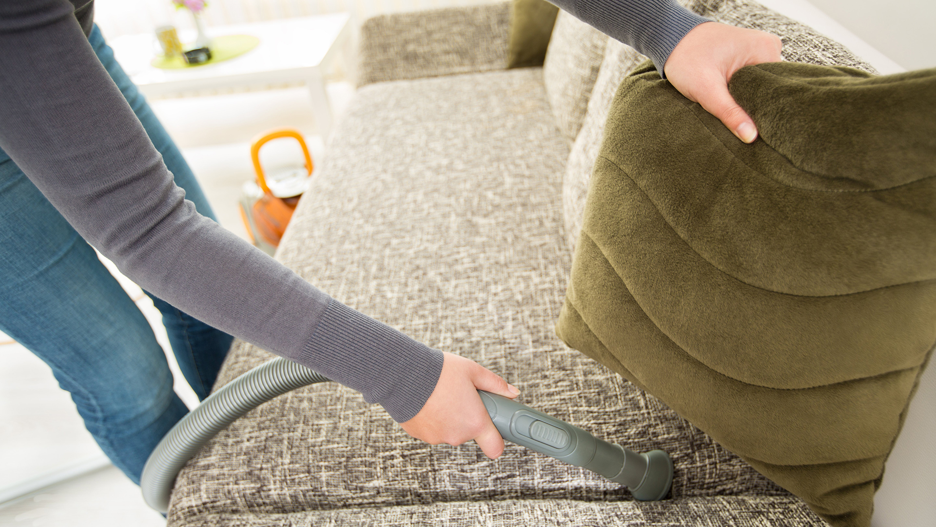 How to clean upholstery: Clean couches