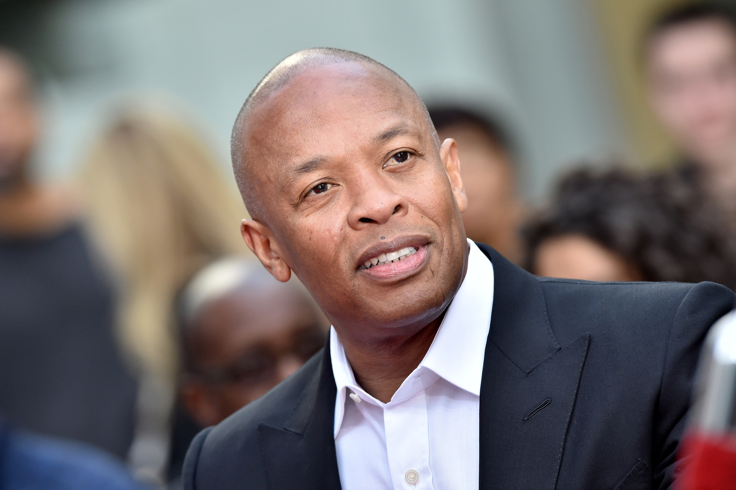 nbcnews.com - Dr. Dre deletes post about daughter's acceptance to USC after $70M donation resurfaces