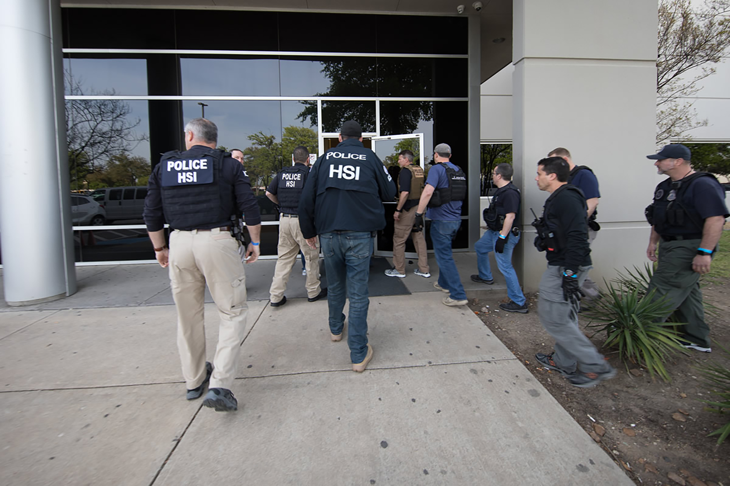 ICE arrests more than 280 at Texas business, biggest workplace immigration  raid in a decade