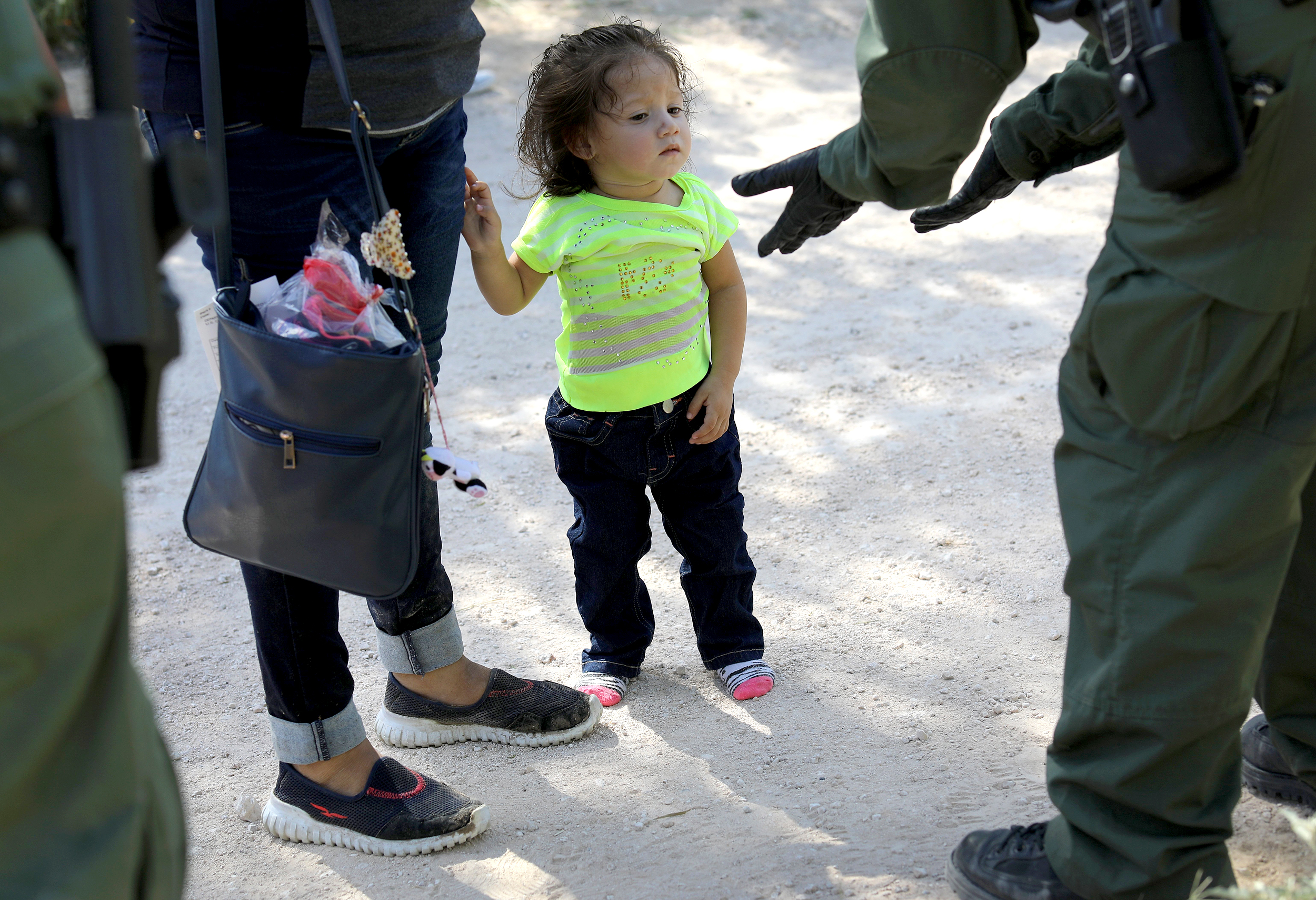 Trump administration has 6 months to identify separated migrant children