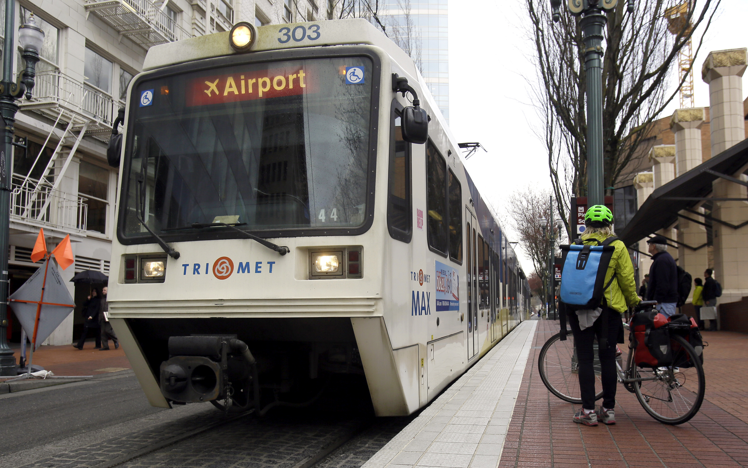 Man accused of repeatedly assaulting female riders banned for life from Portland buses, trains