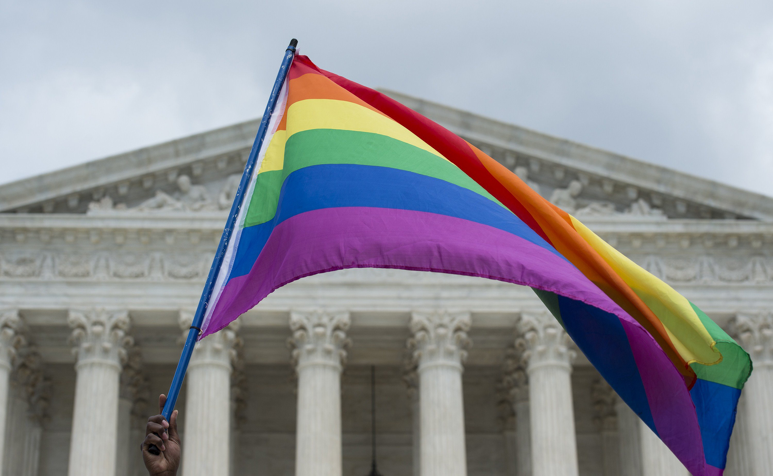 Gay workers not covered by civil rights law, Trump admin tells Supreme Court