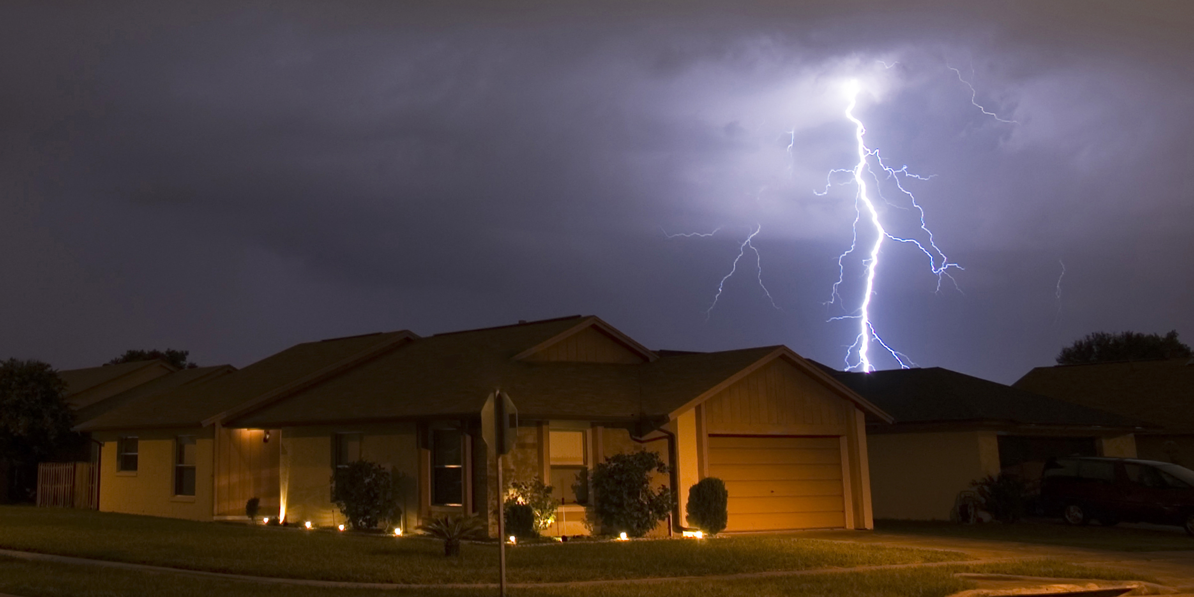 How to not get struck by lightning: Avoid these common myths