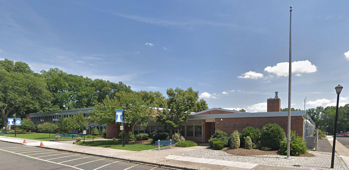 Man arrested outside N J  elementary school with loaded gun
