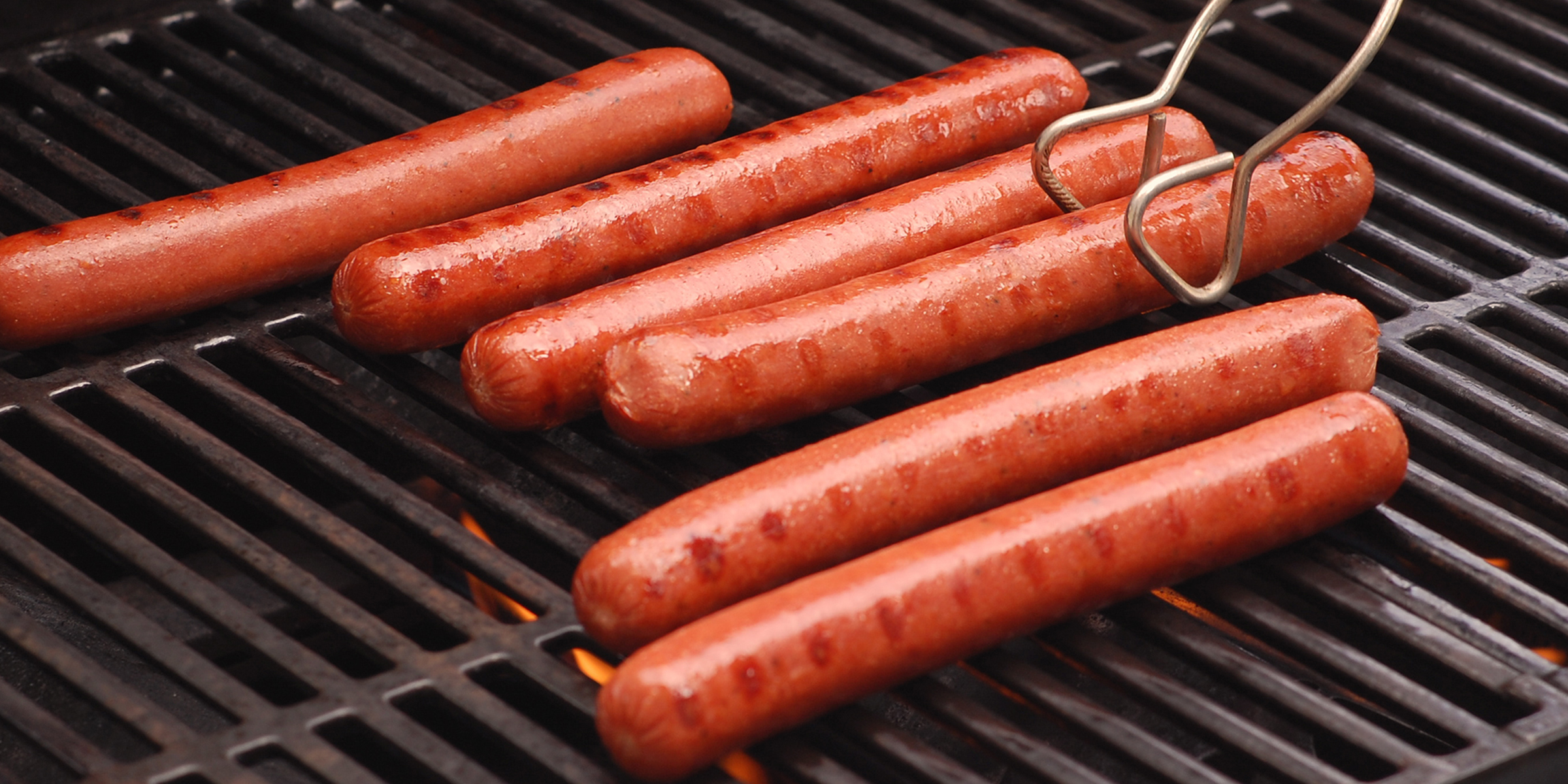 9 common mistakes people make when cooking hot dogs