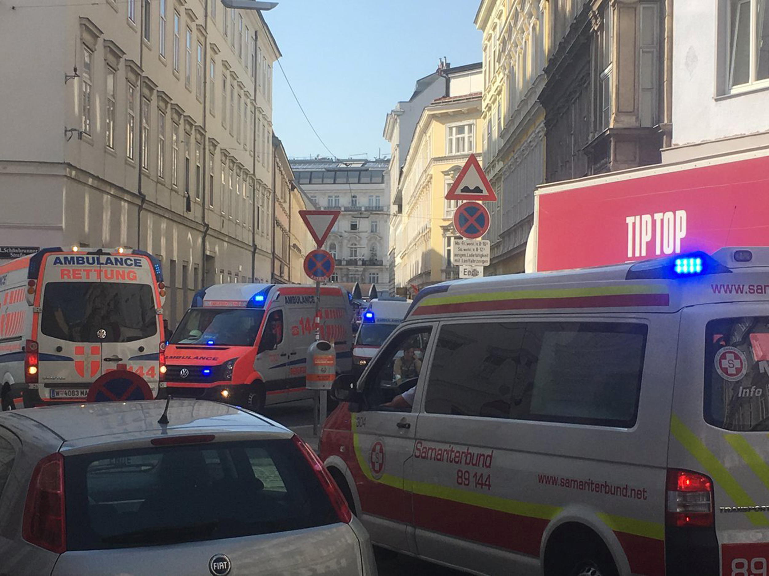 Suspected gas line explosion in Vienna seriously injures at least two people