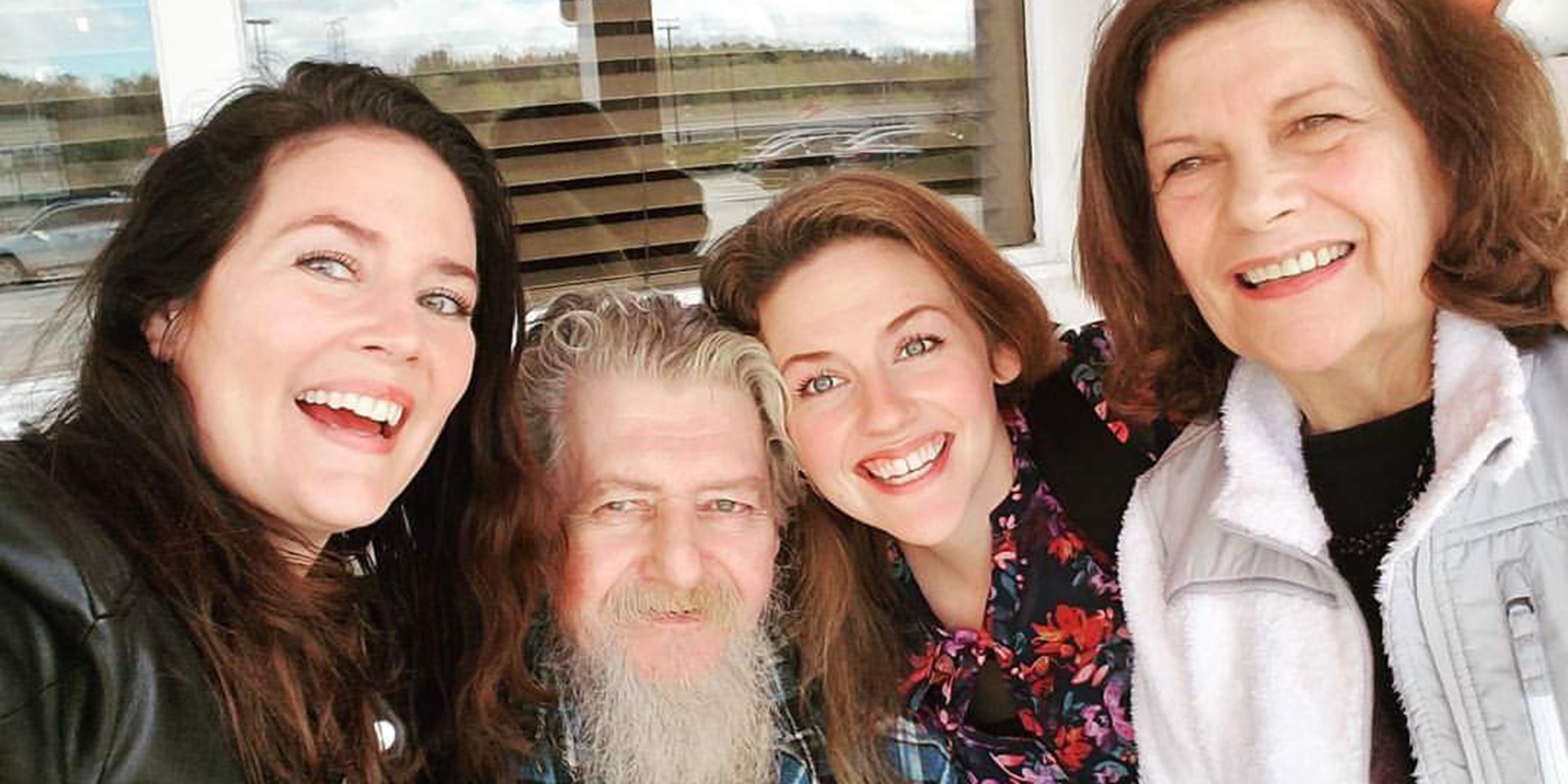 Daughters honor late father